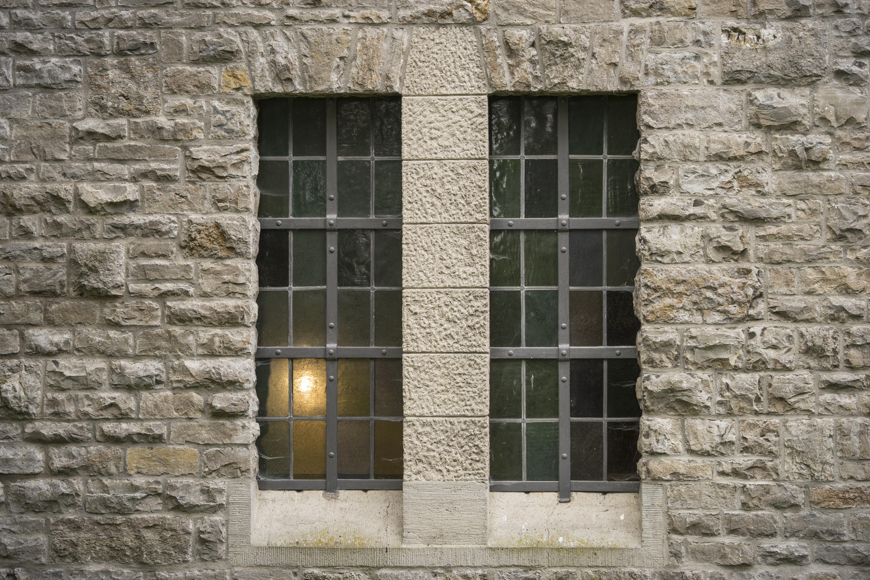 Gratis afbeeldingen licht architectuur huis glas gebouw oud huis muur huisje kasteel - Huis interieur architectuur ...