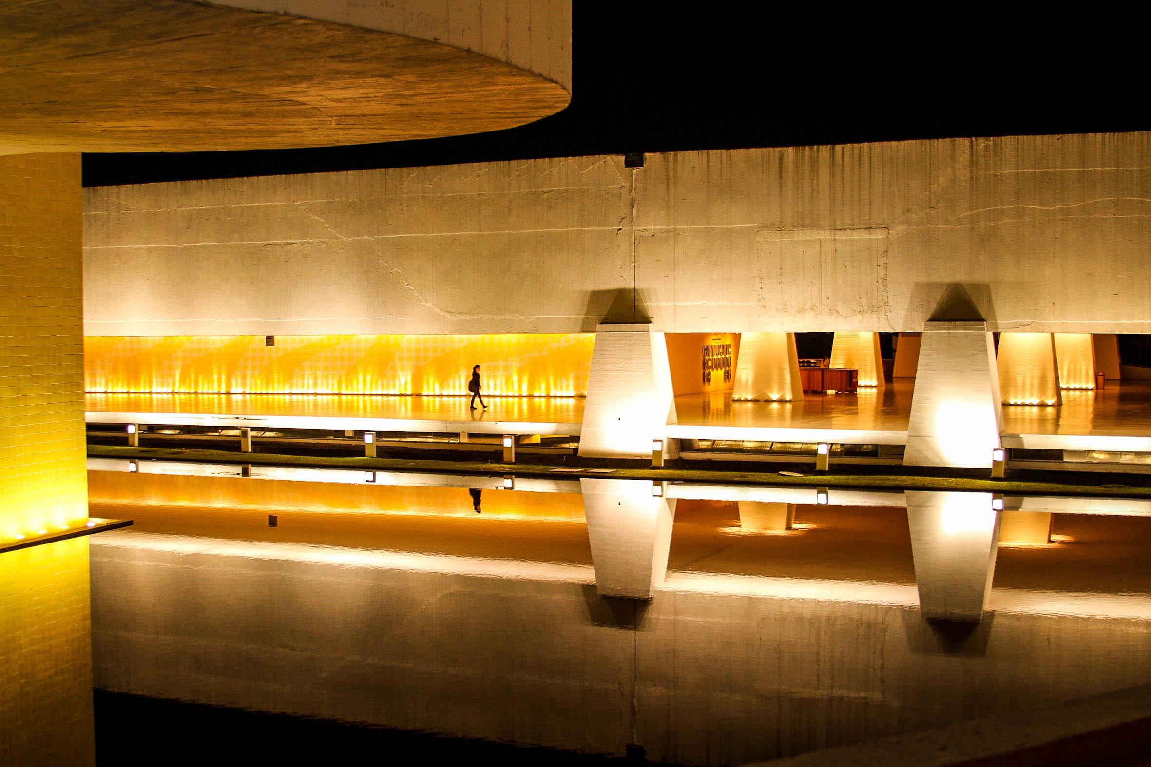 Fotos gratis ligero arquitectura noche sala for Diseno de interiores online gratis
