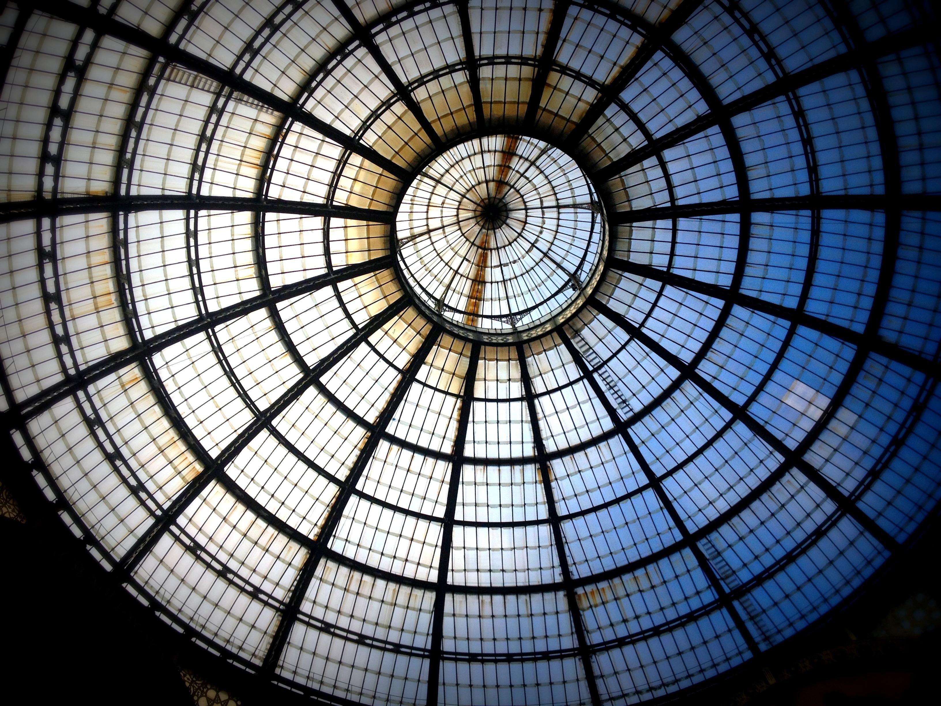 Fotos gratis : ligero, arquitectura, redondo, ventana, vaso ...