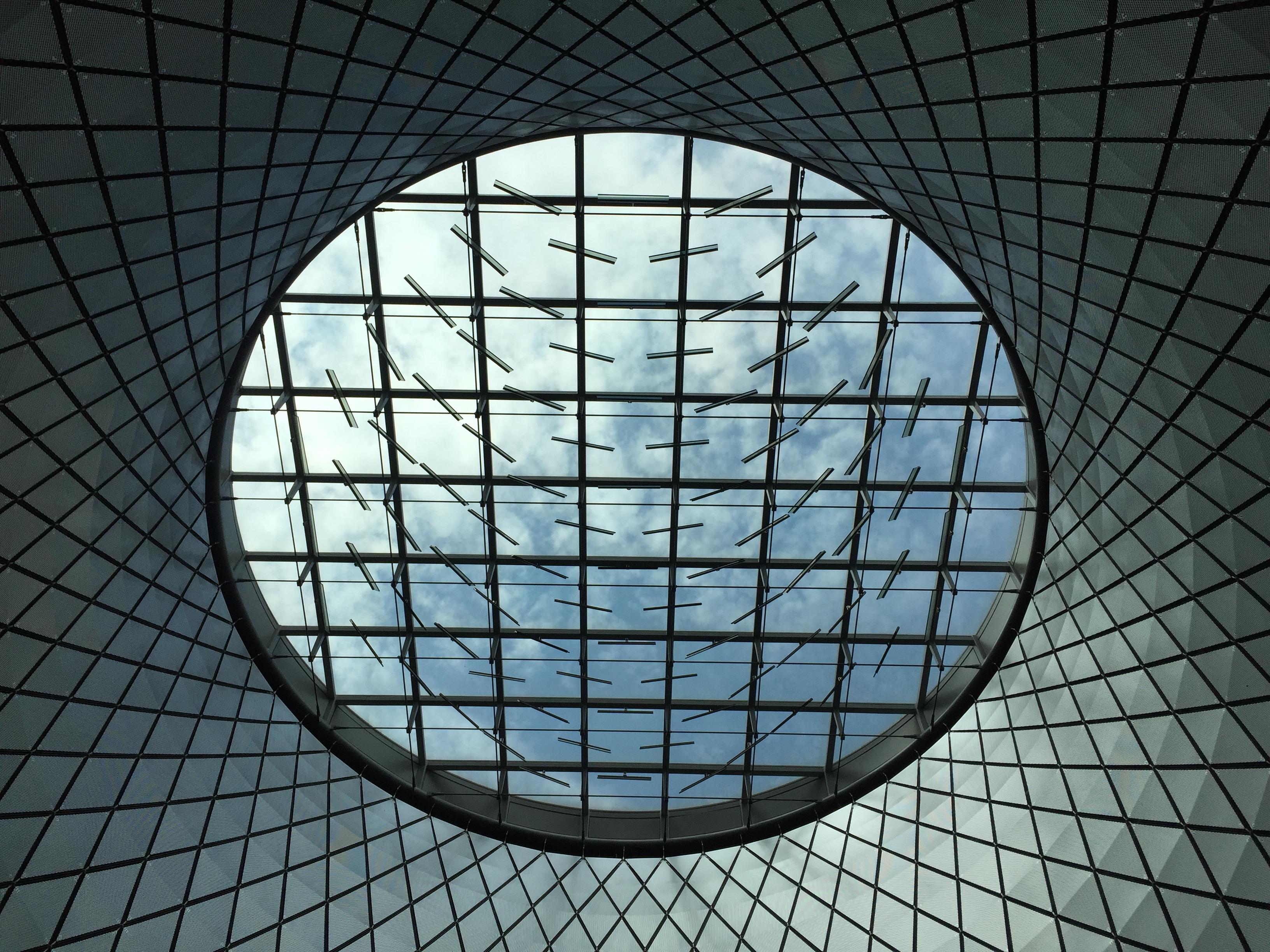 images gratuites   lumi u00e8re  architecture  fen u00eatre  verre  plafond  ligne  r u00e9flexion  bleu