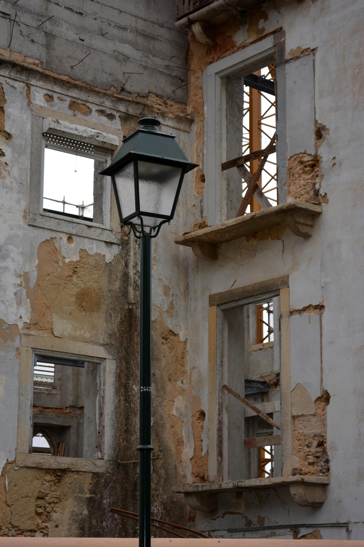 Images gratuites lumi re architecture bois route rue for Fenetre urbaine