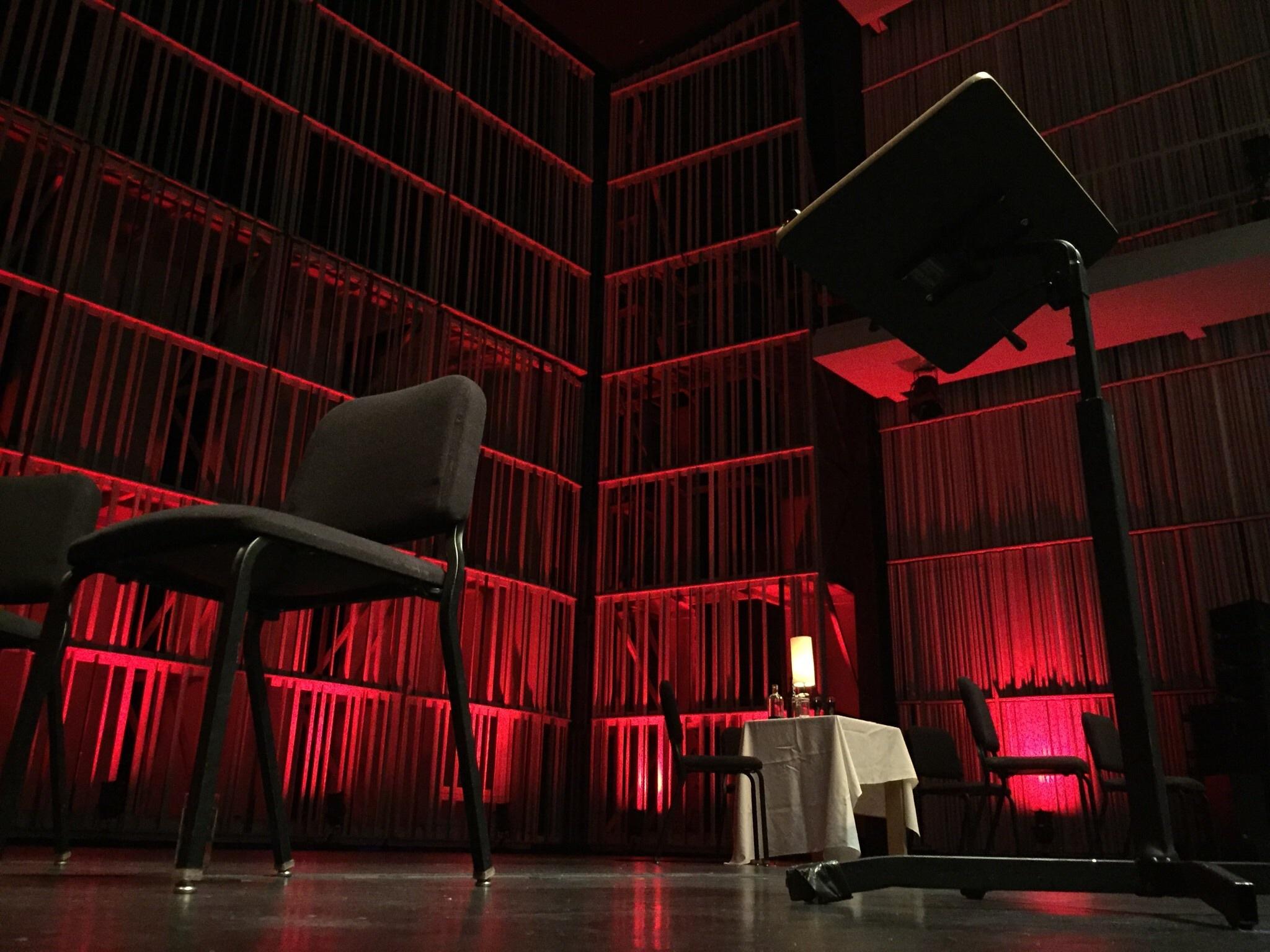 Neon De Decoration Interieur images gratuites : lumière, salle, obscurité, éclairage