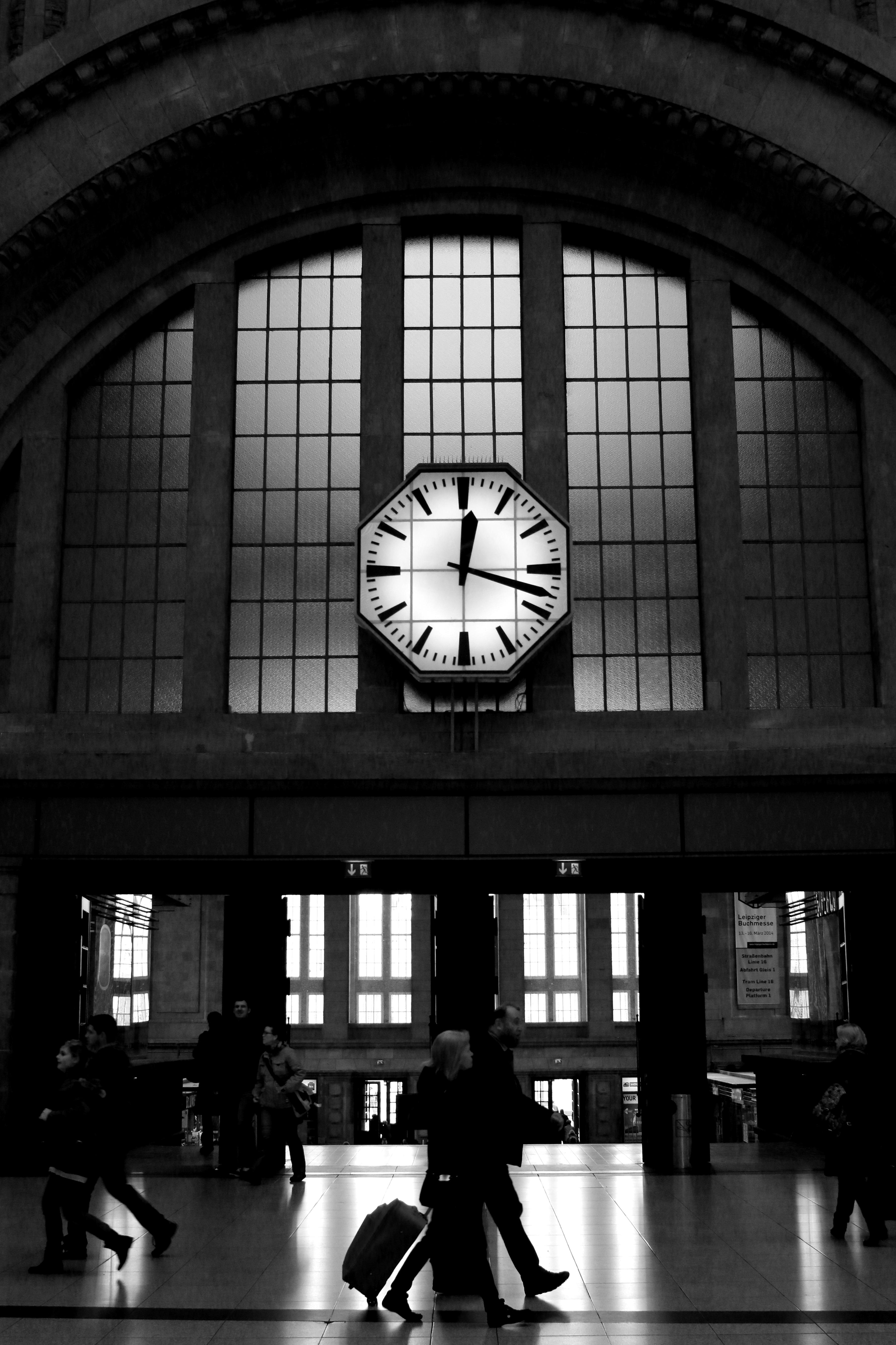 Leipzig Fotografie kostenlose foto licht schwarz und weiß die architektur weiß