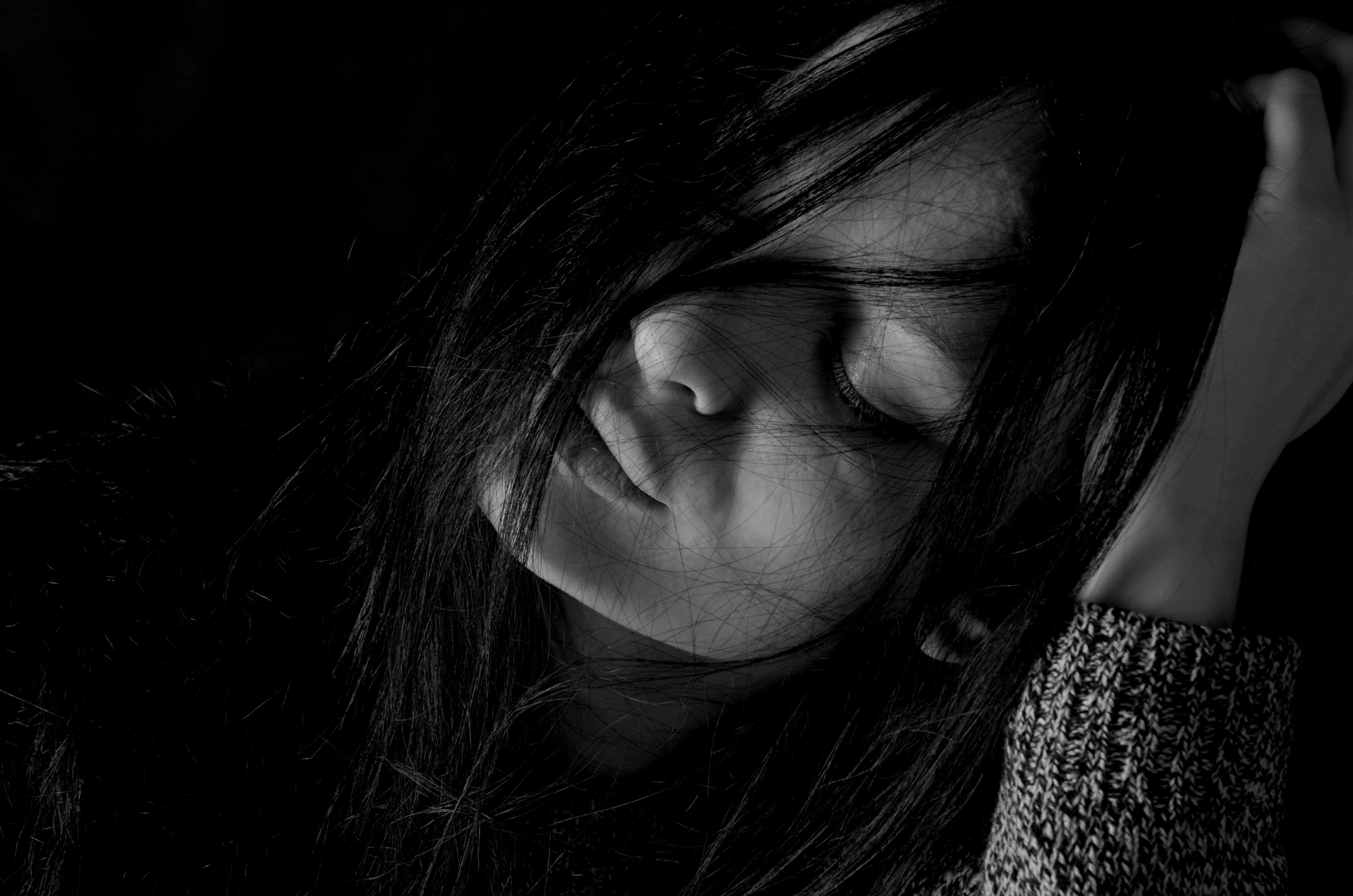 фото о грусти и любви изменяет мужу любовником