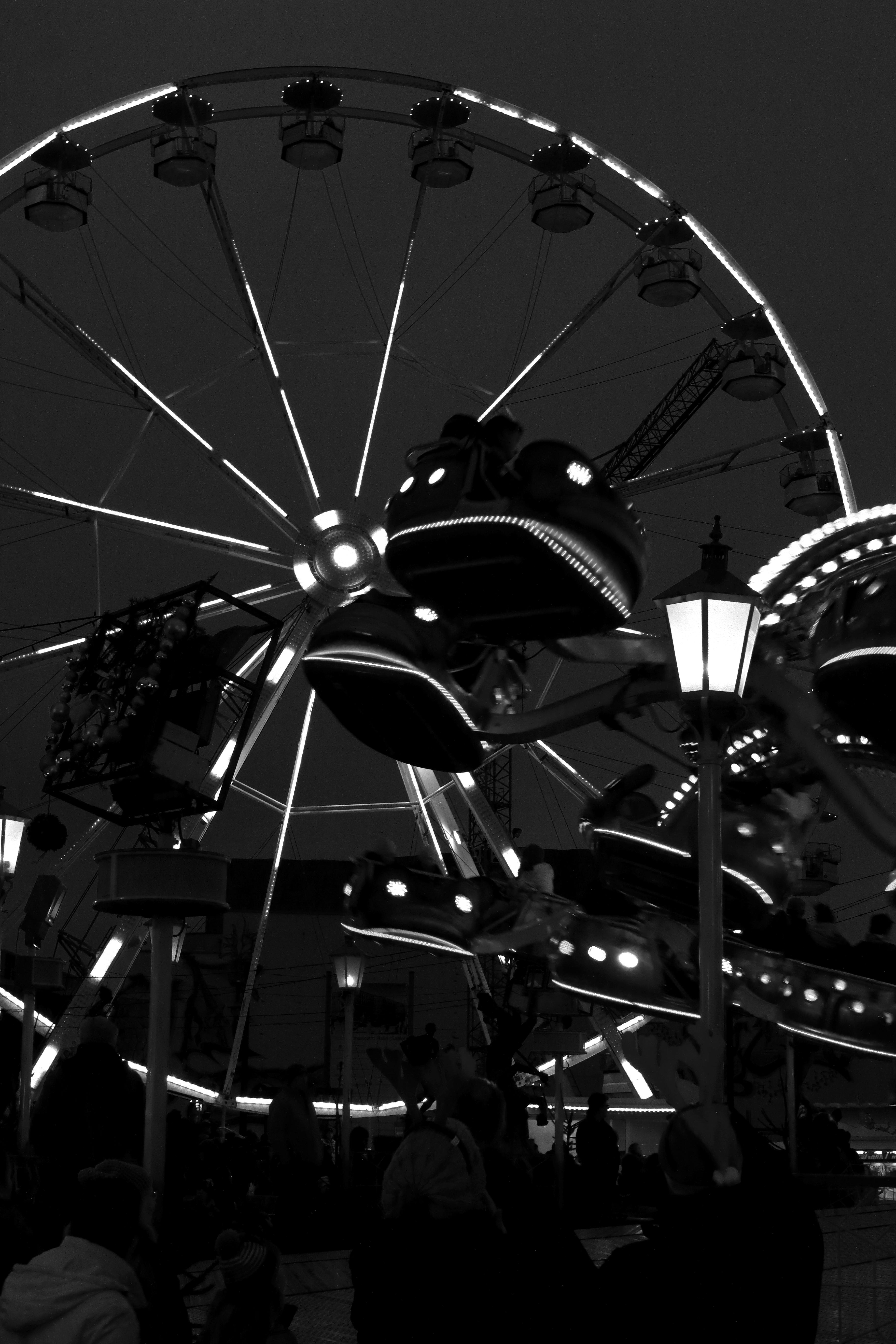 Bilder Weihnachten Kostenlos Schwarz Weiß.Kostenlose Foto Licht Schwarz Und Weiß Nacht Rad Riesenrad