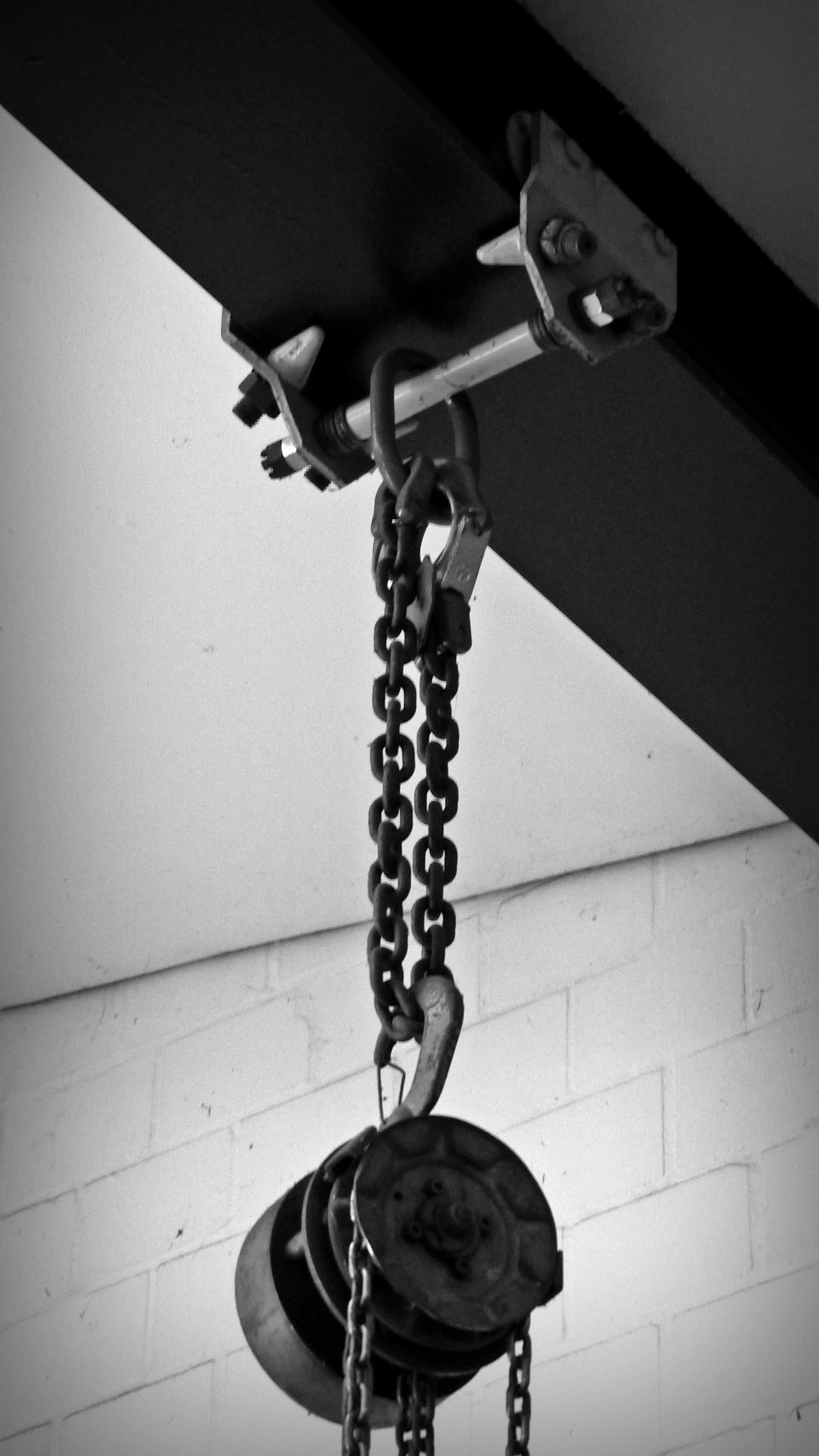 Light Black And White Photography Chain Steel Metal Monochrome Lighting Circle Raise Design Photograph