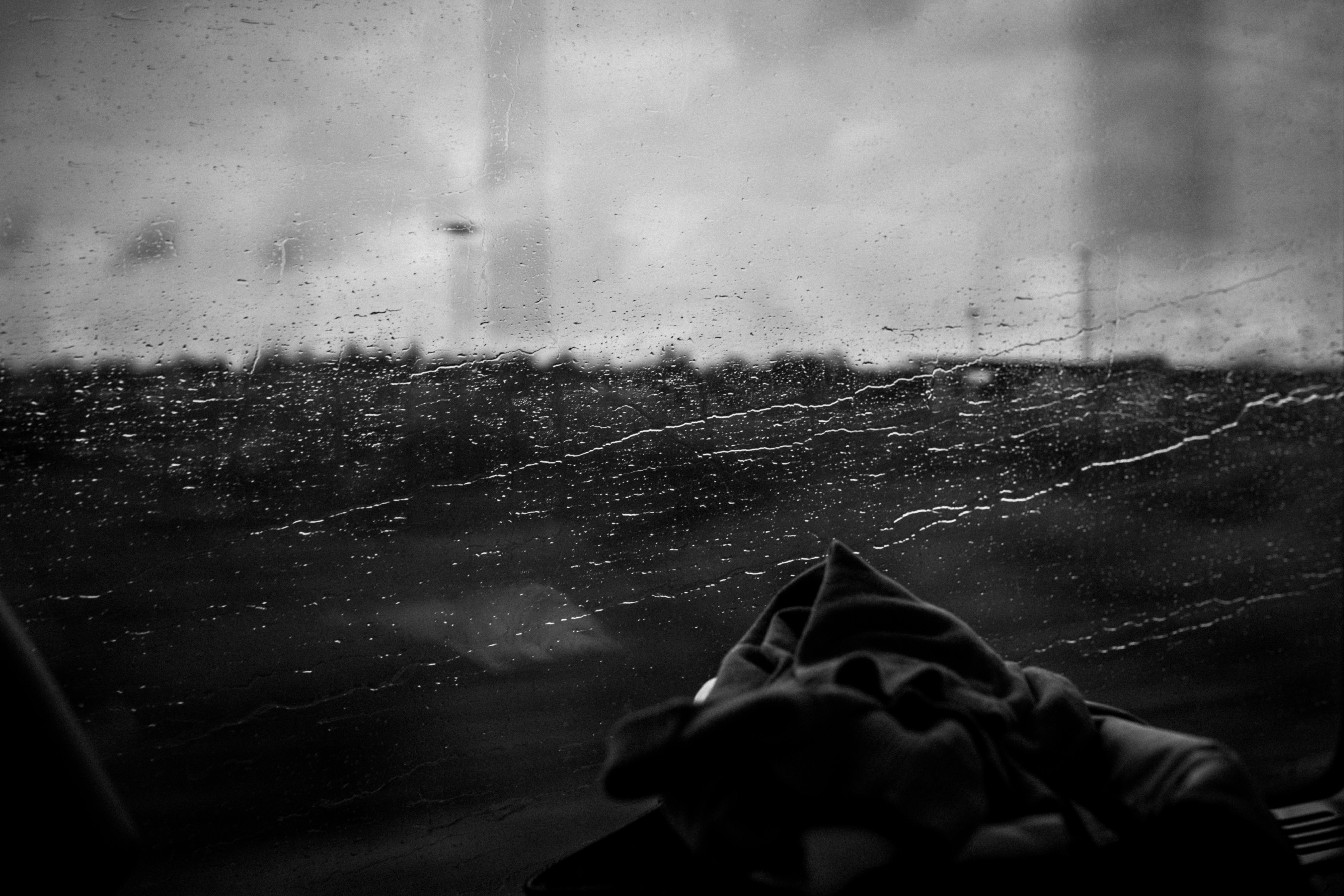 картинки грусть дождь одиночество конце концов, хотите
