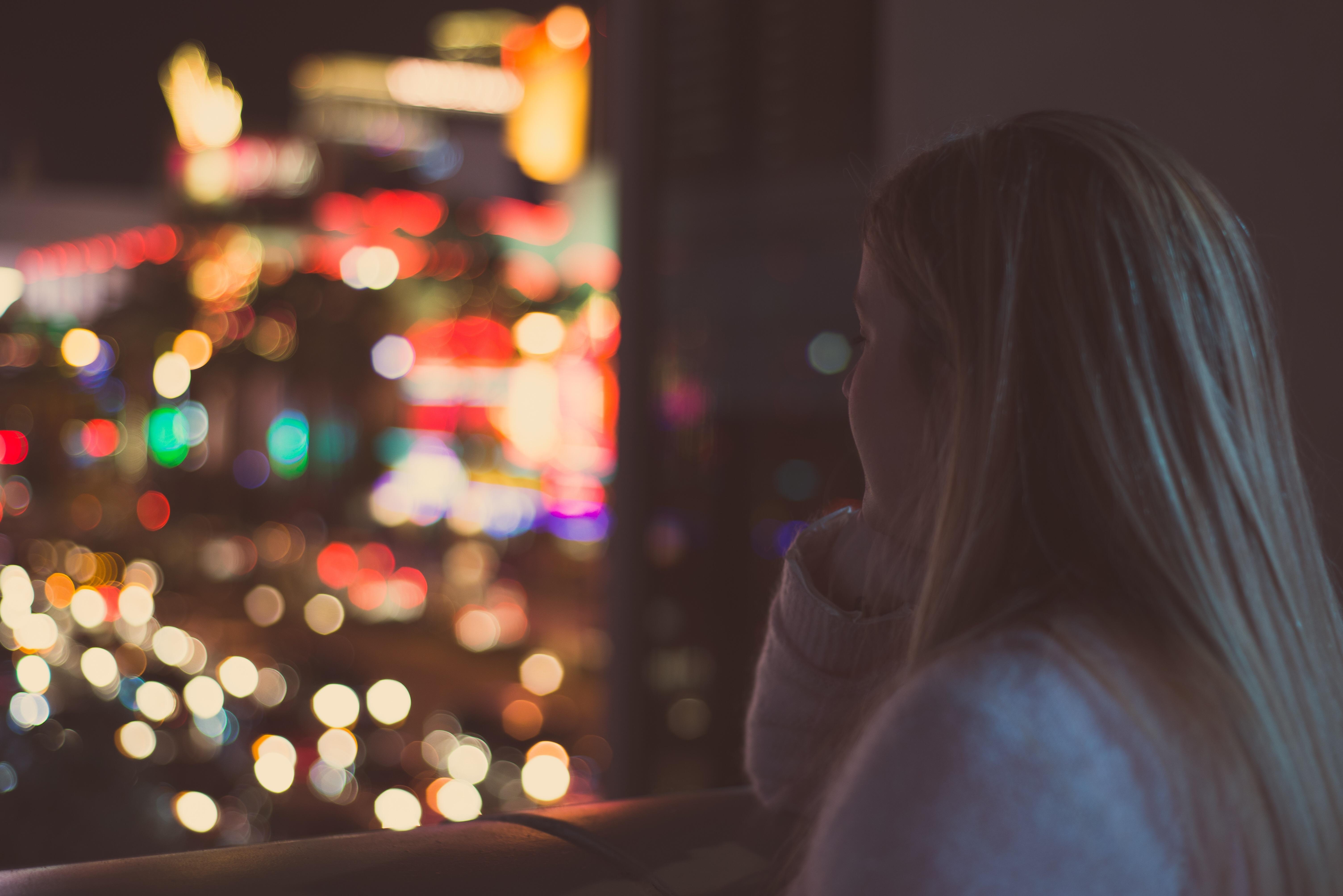 Красивые картинки девушек ночь