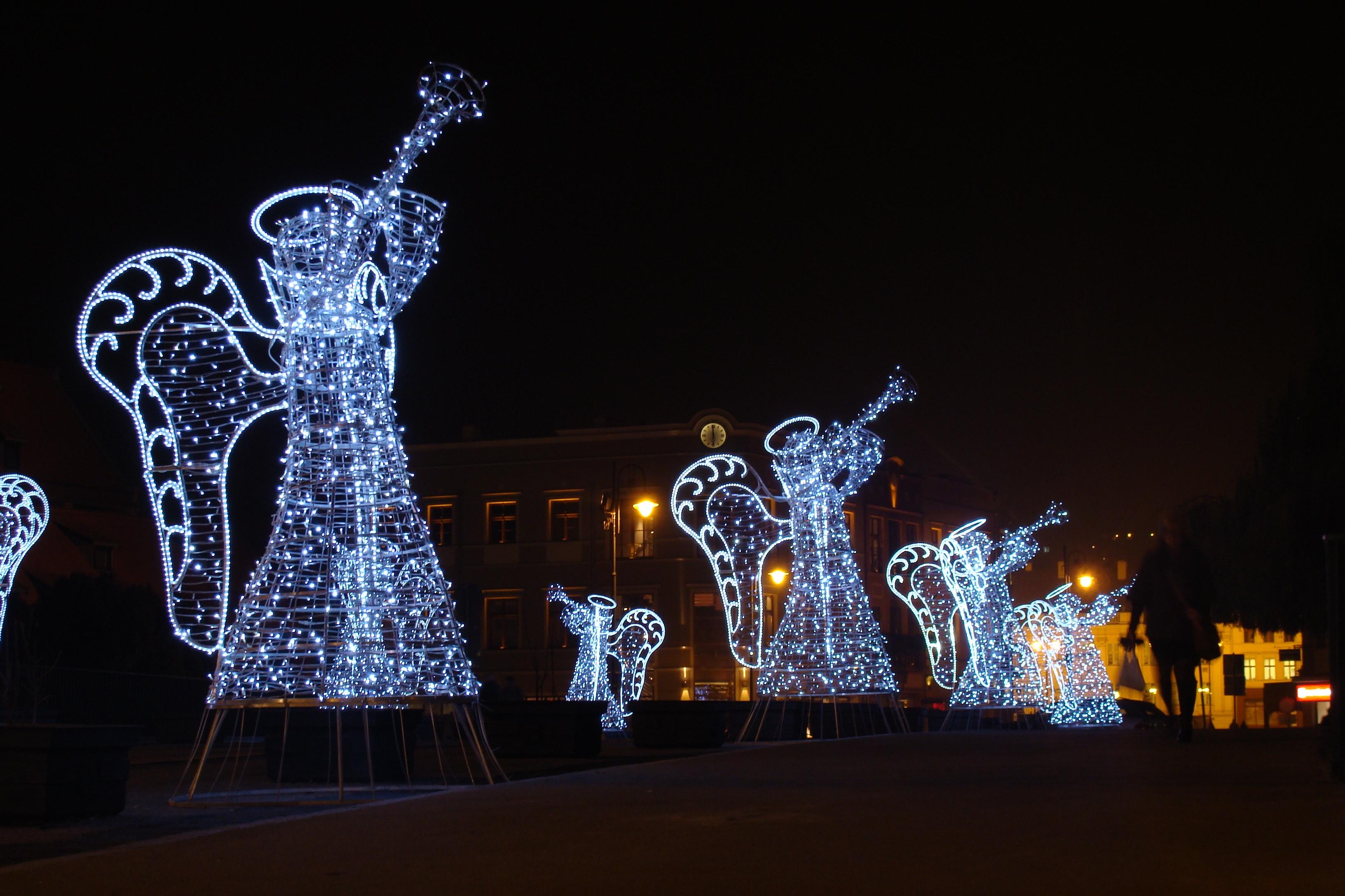 Weihnachtsbeleuchtung Engel.Kostenlose Foto Licht Brücke Nacht Stadt Weihnachten