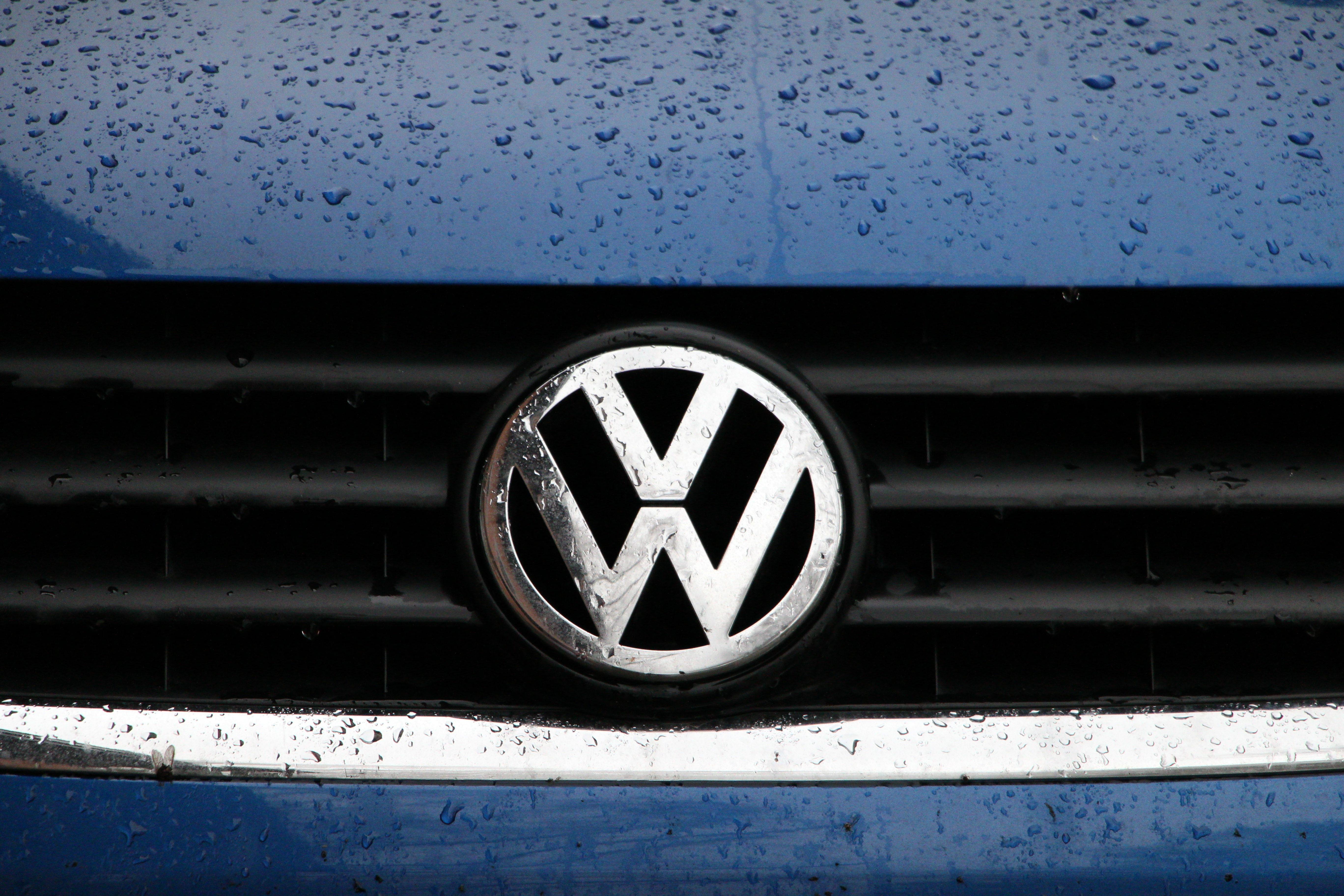 Free Images : light, car, wheel, rain, number, vw, volkswagen, wet ...