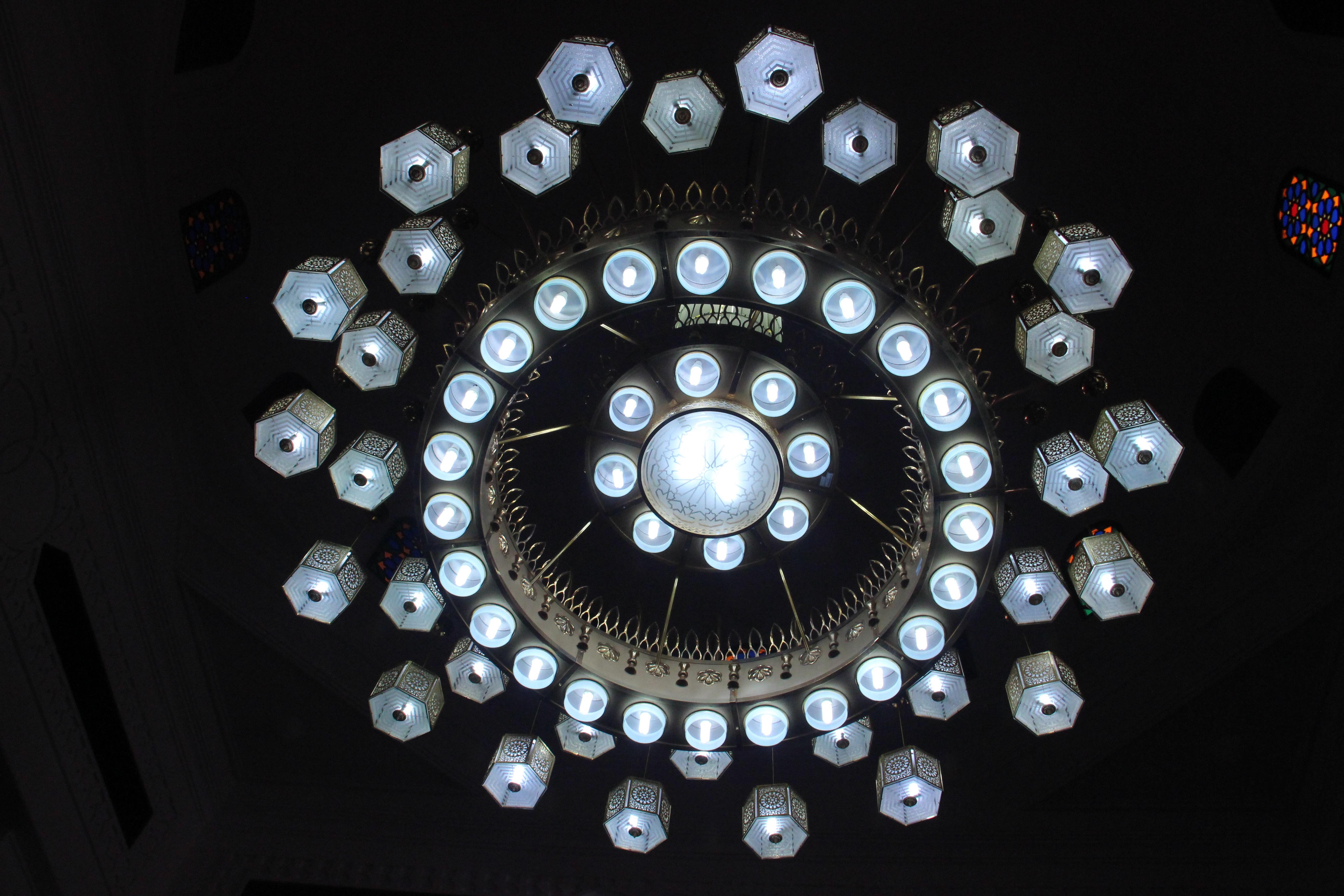 Fotos gratis : ligero, techo, lámpara, iluminación, circulo ...
