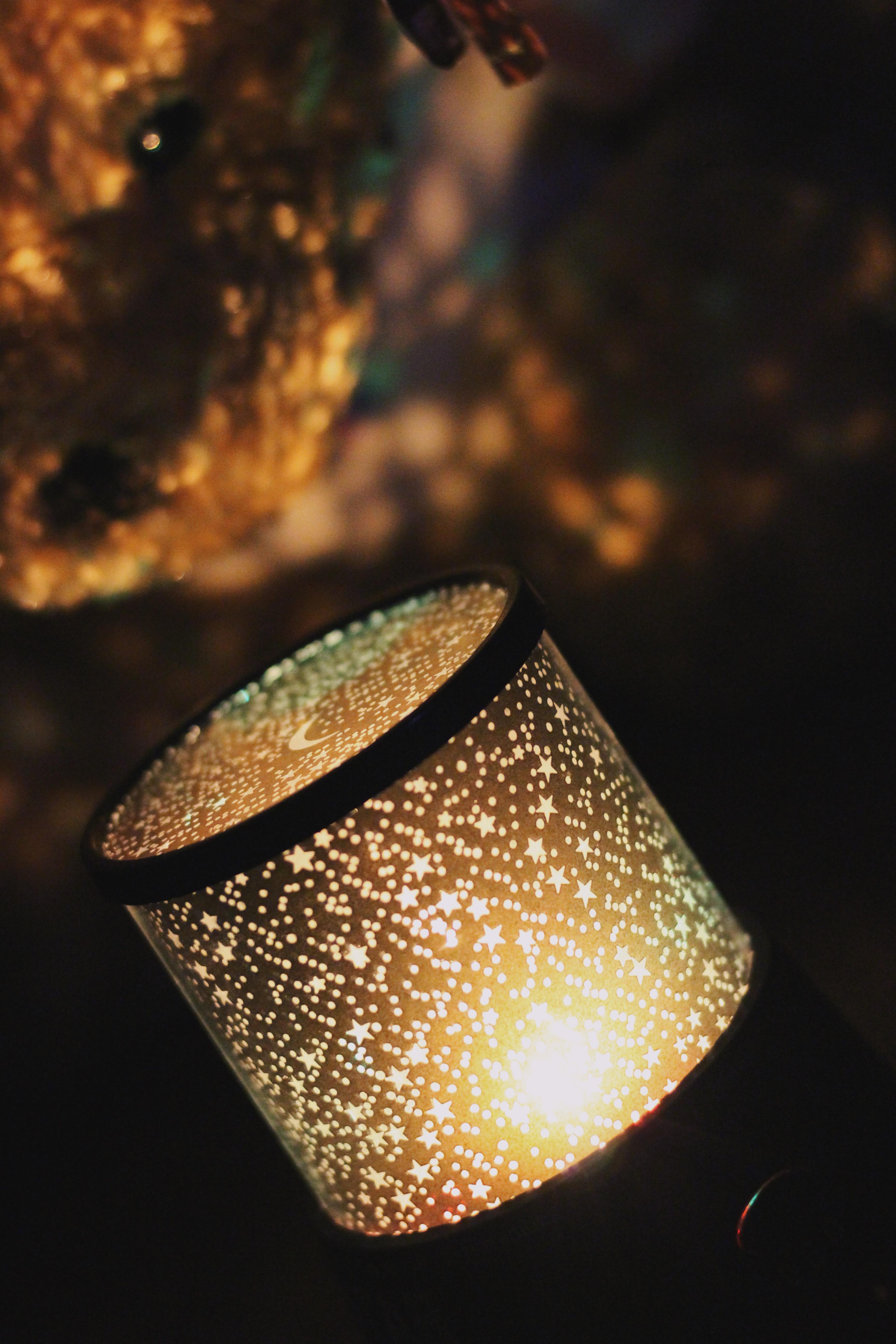 Gratis Afbeeldingen : licht, donker, macro, lamp, geel, verlichting ...