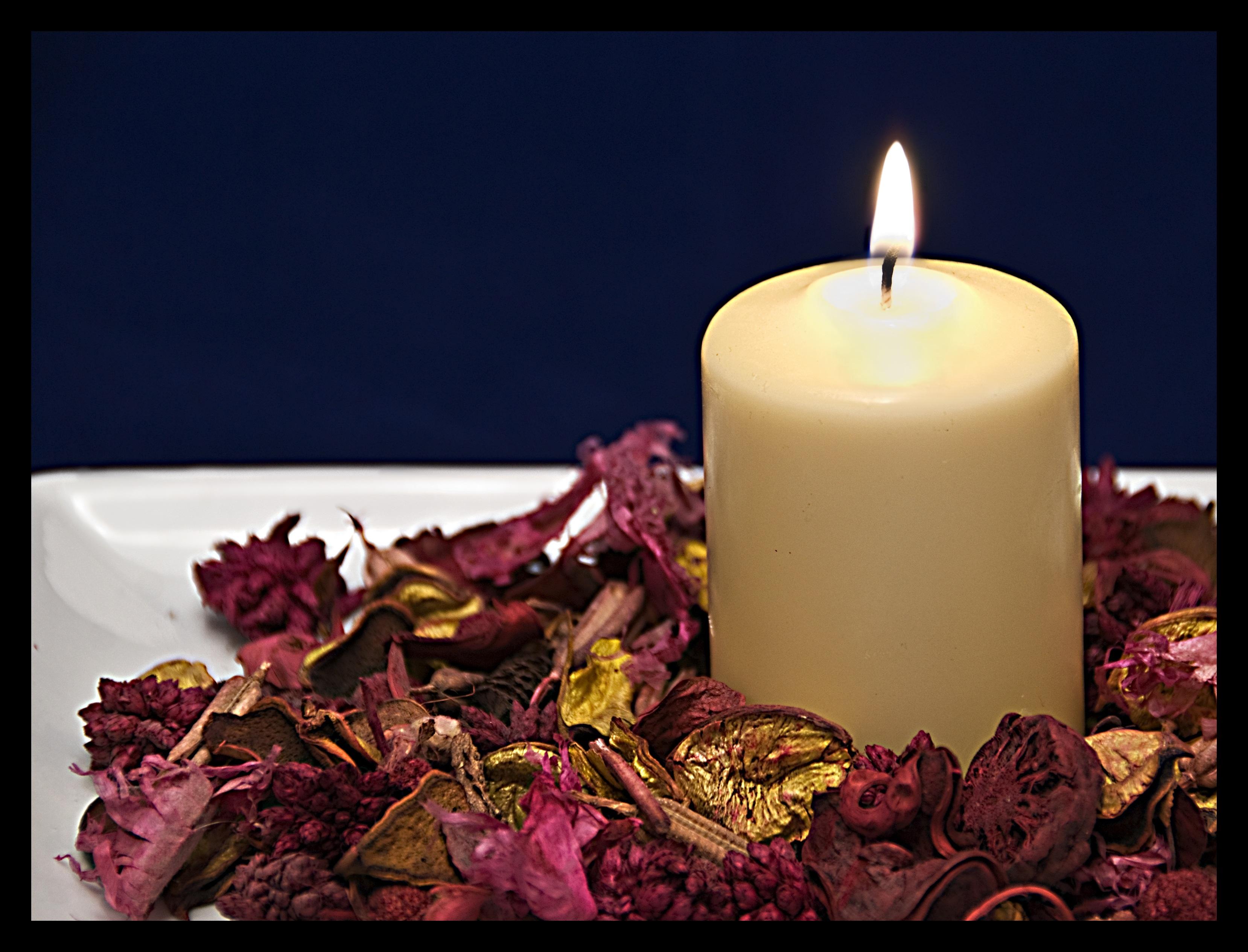 Картинка красивая со свечами