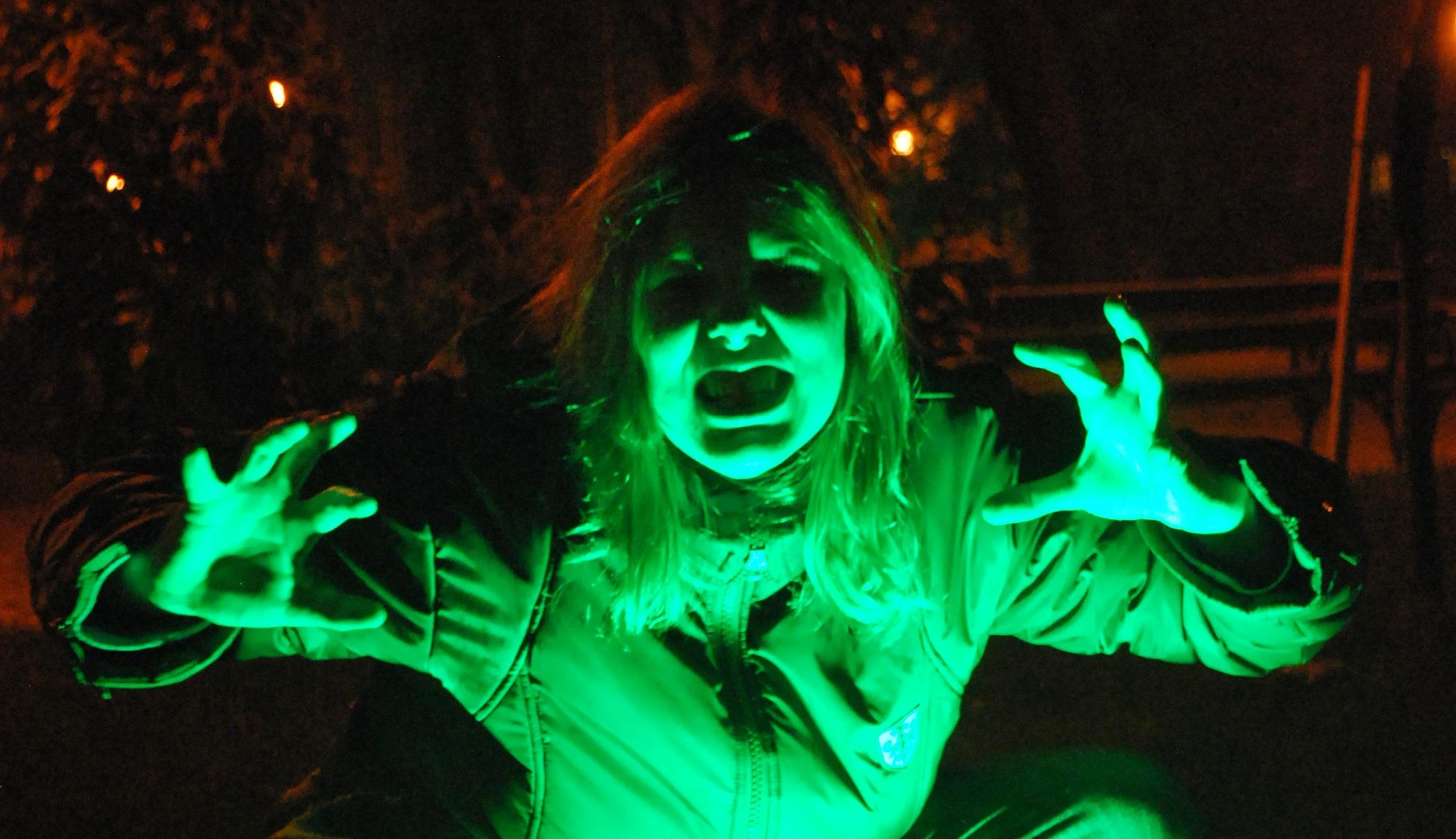 Как сделать комнату страха для хэллоуина