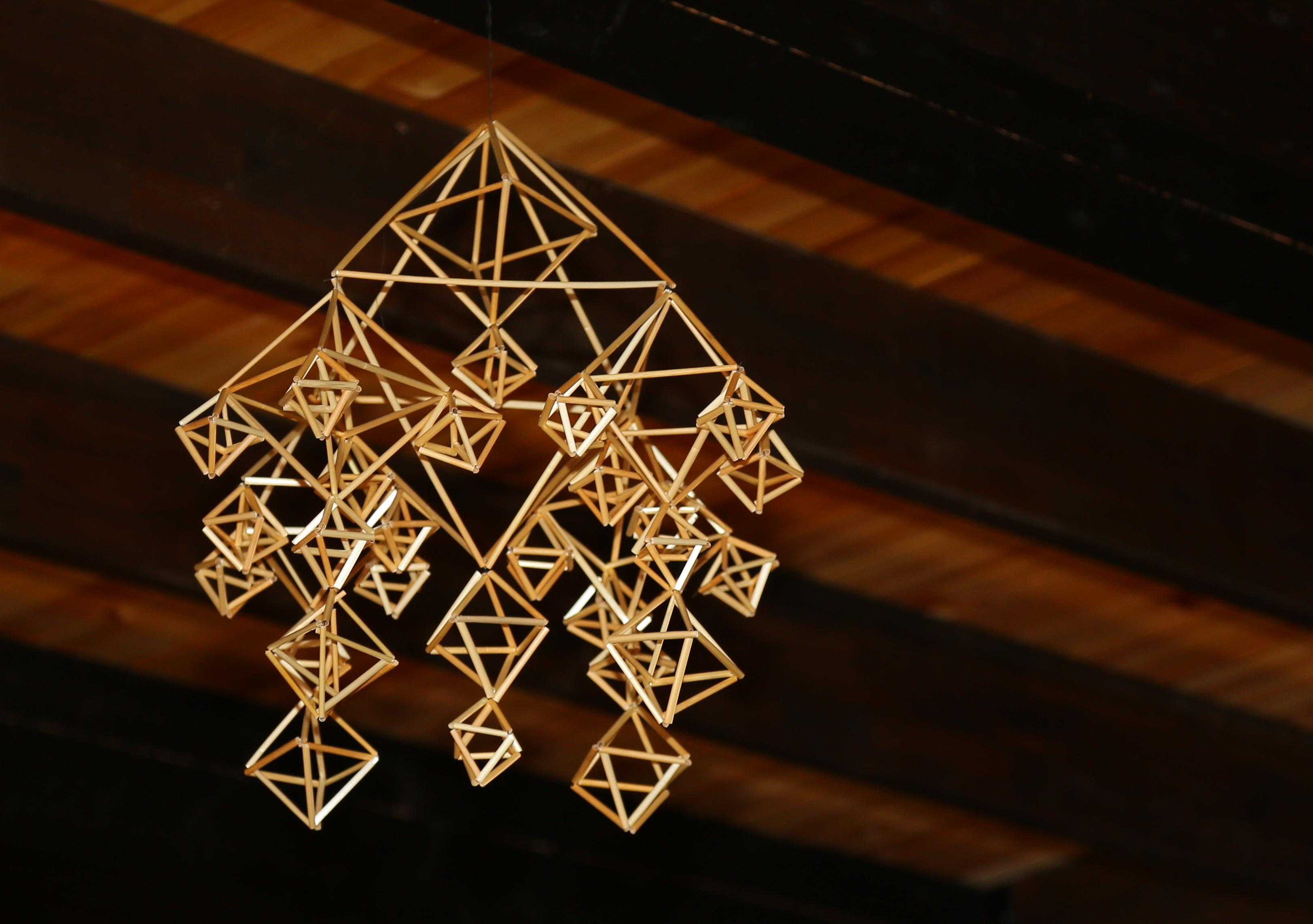 Gratis Afbeeldingen : licht, graan, ster, dak, logboek, ambacht ...