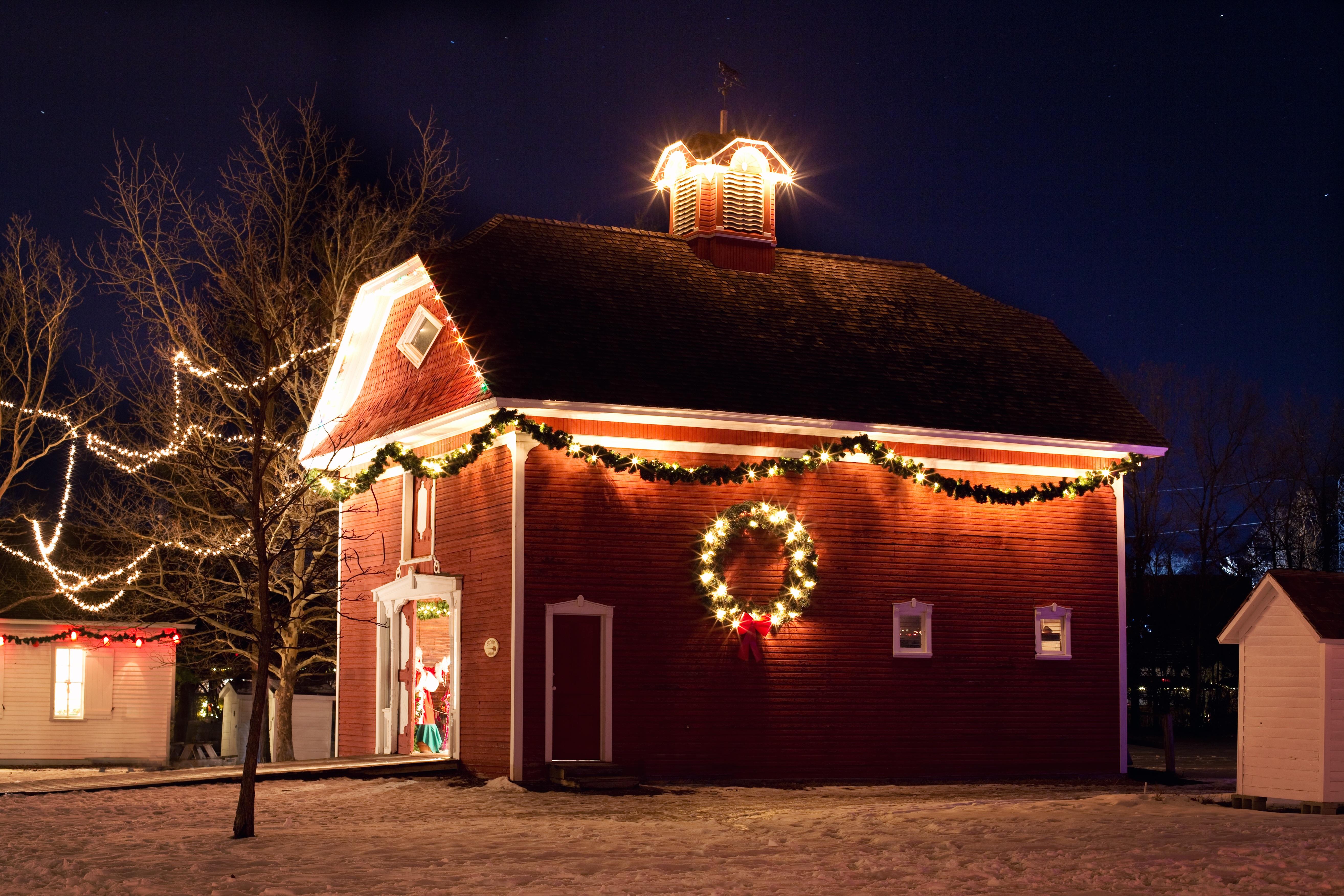 Haus Weihnachtsbeleuchtung.Kostenlose Foto Licht Nacht Abend Weihnachten
