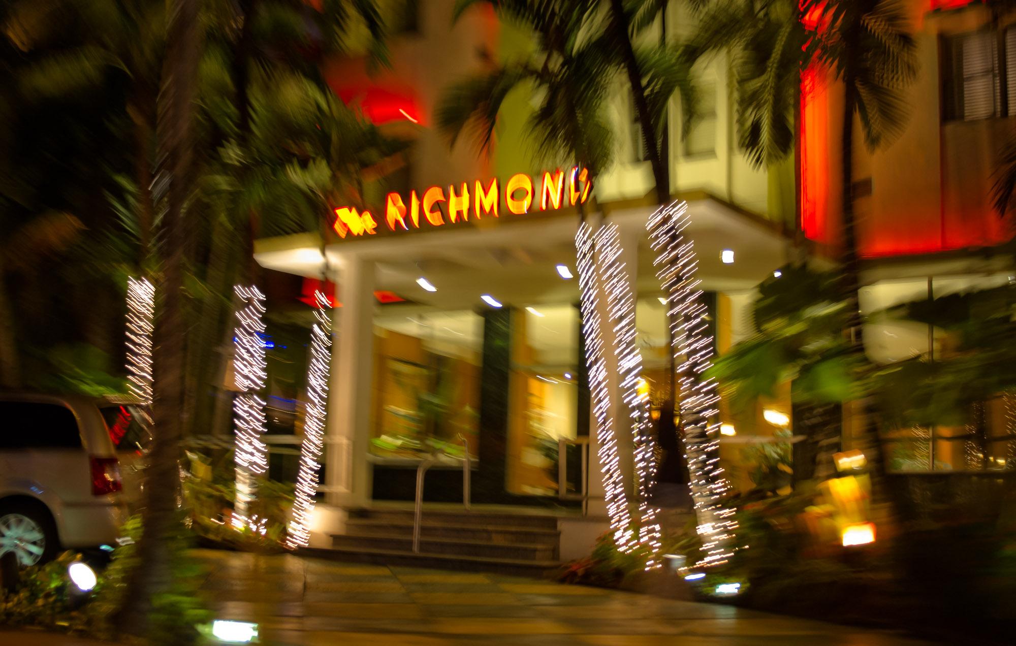 light night restaurant downtown evening christmas christmas decoration colour palmtree hotel miami christmas lights