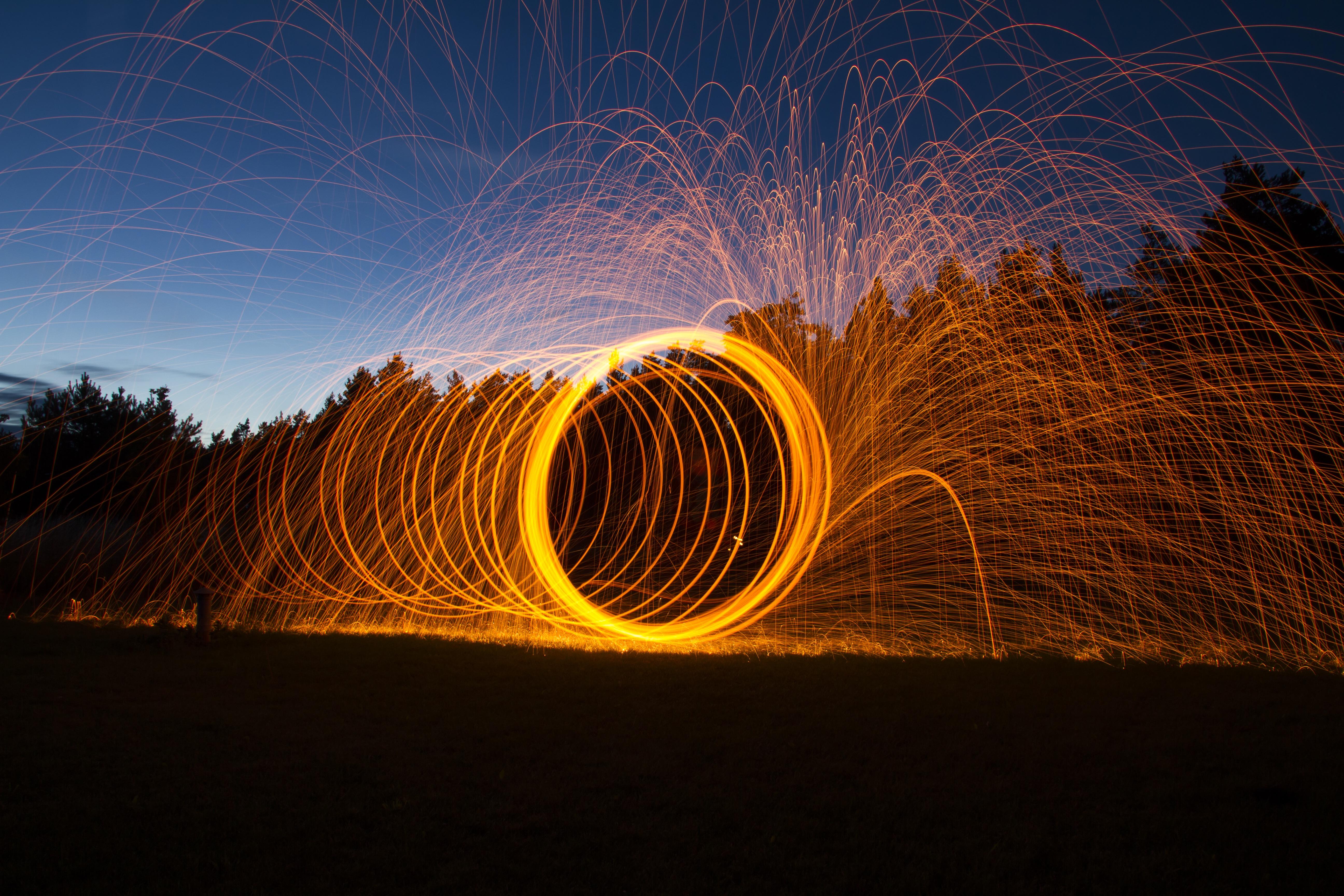 Fotoğraf Hafif Boyama Ateş Kıvılcımlar Alev ışık Hiçbir şey