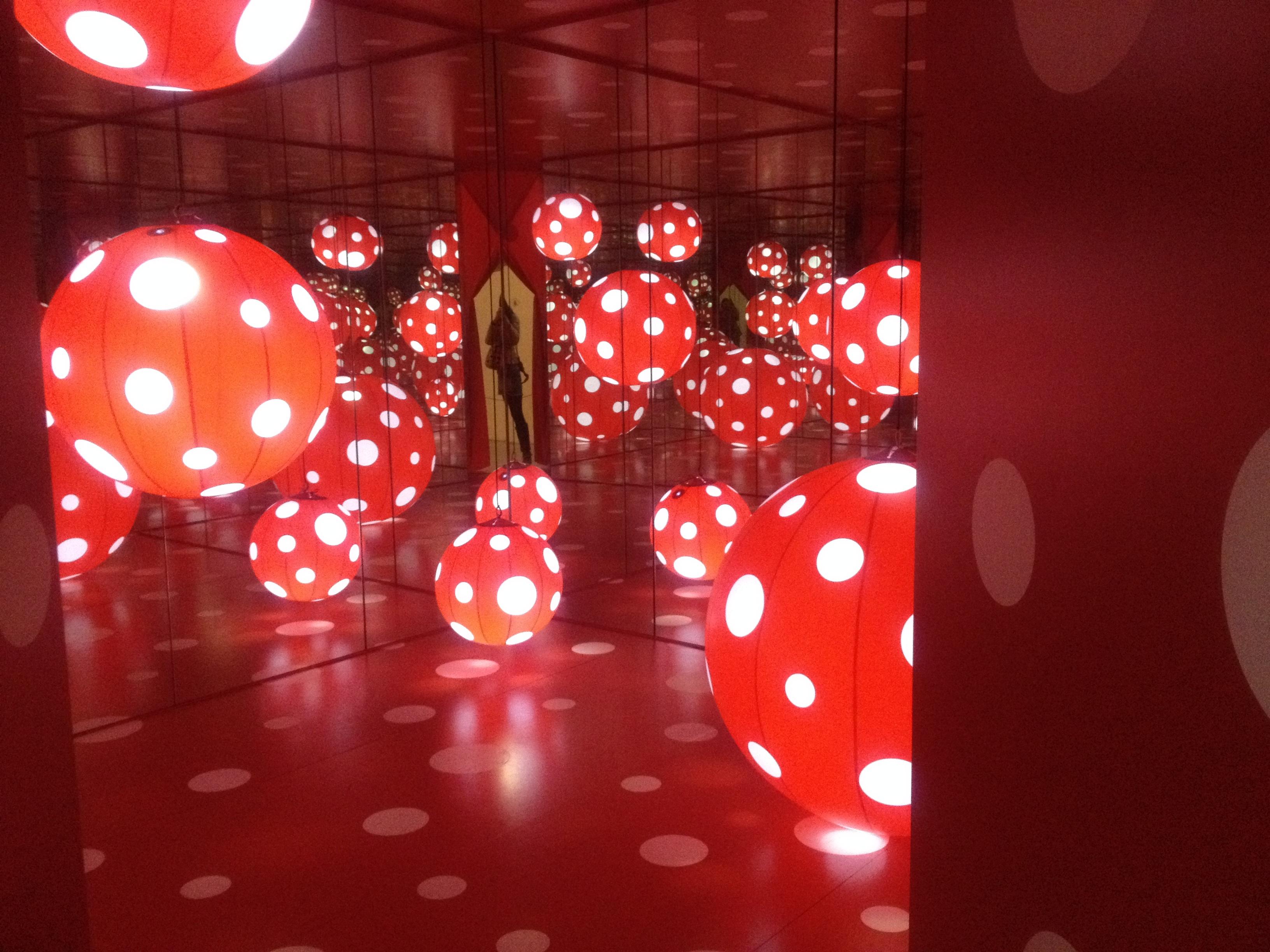 Kostenlose foto : Licht, rot, Farbe, Weihnachten, Beleuchtung, Kreis ...