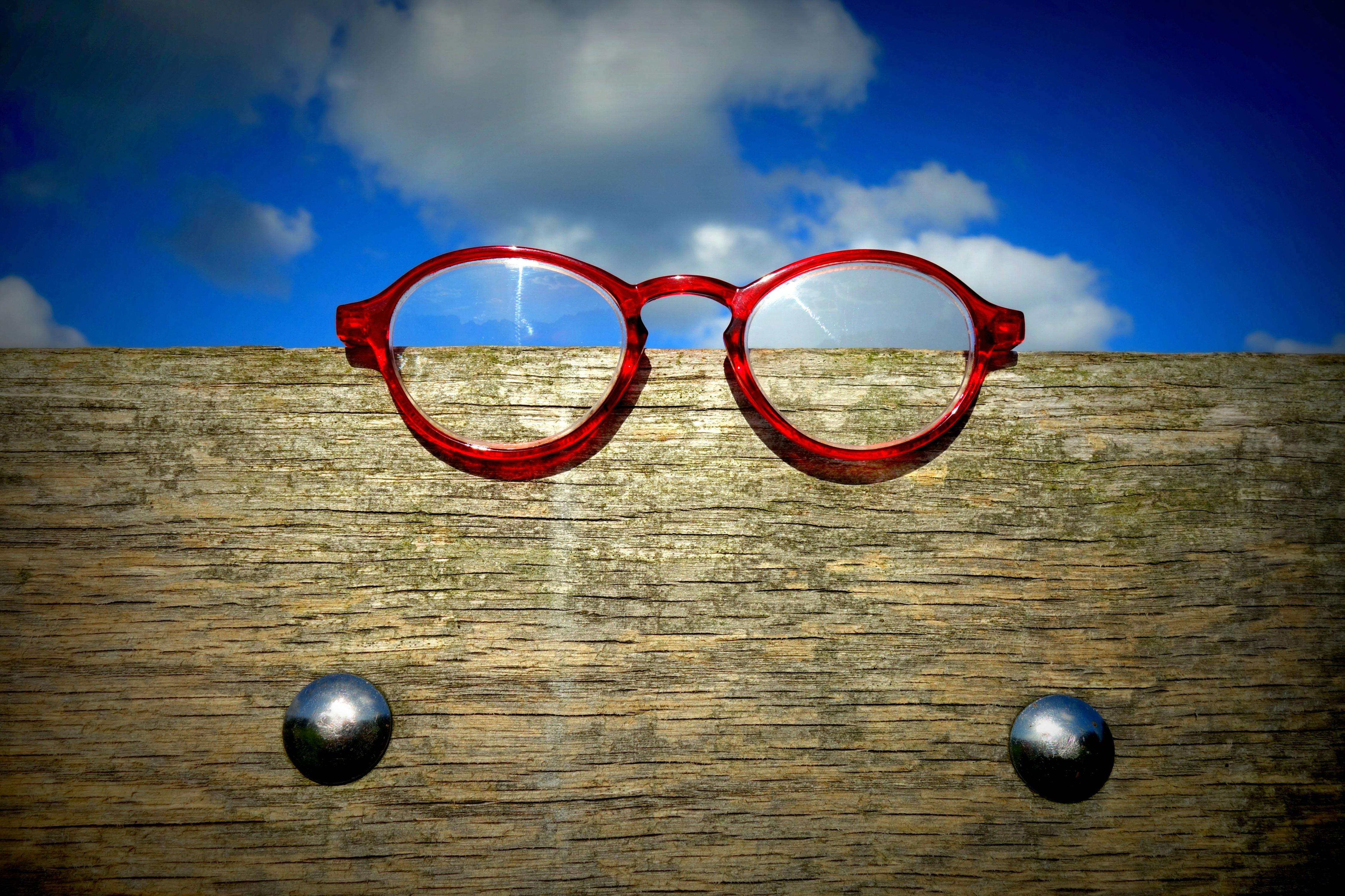Bril Met Licht : Gratis afbeeldingen licht reflectie rood blauw cirkel bril