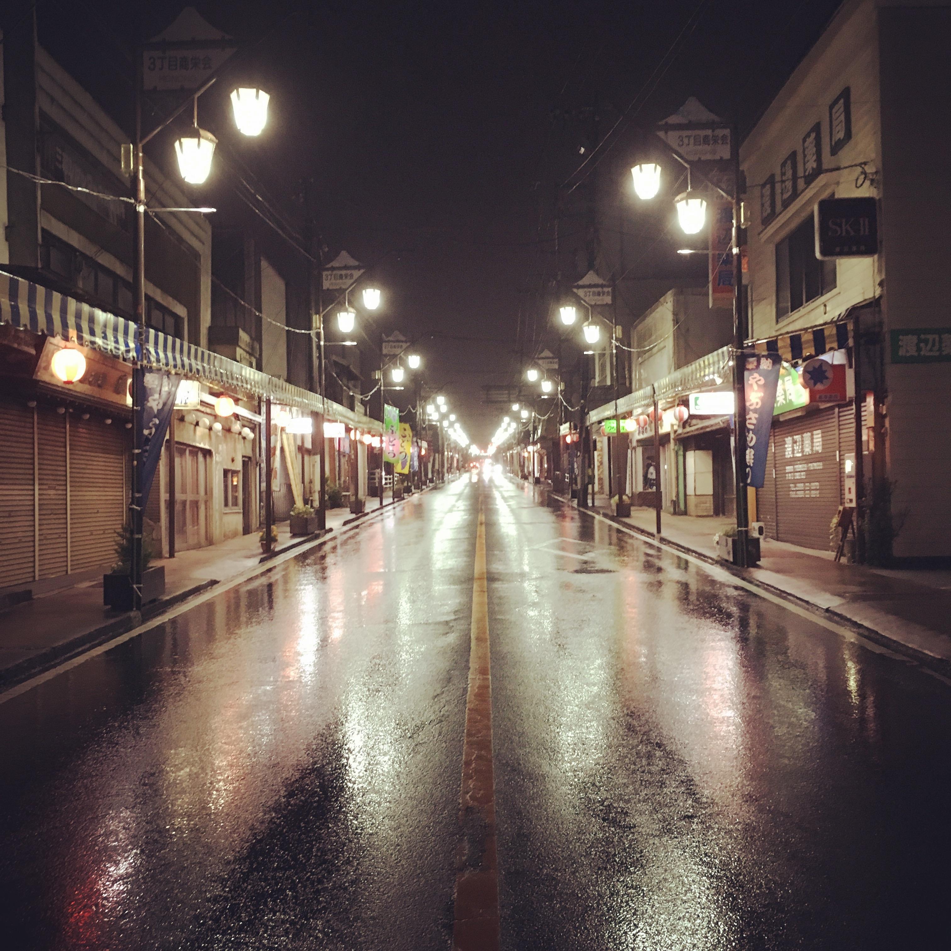 фотографии ночной улицы из-за