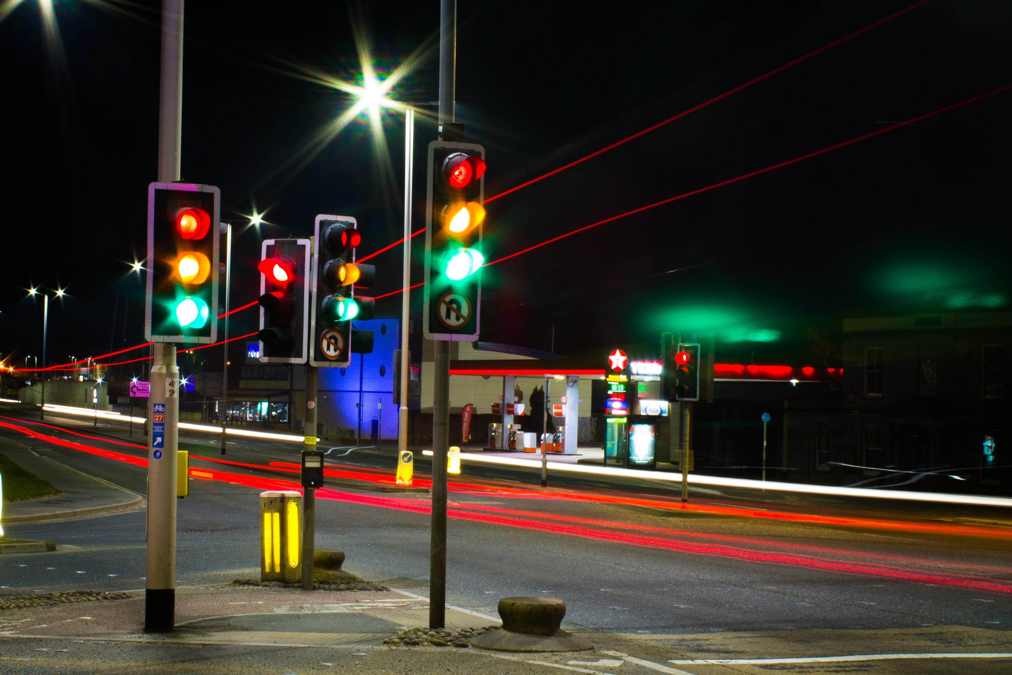 Картинки светофор на дороге
