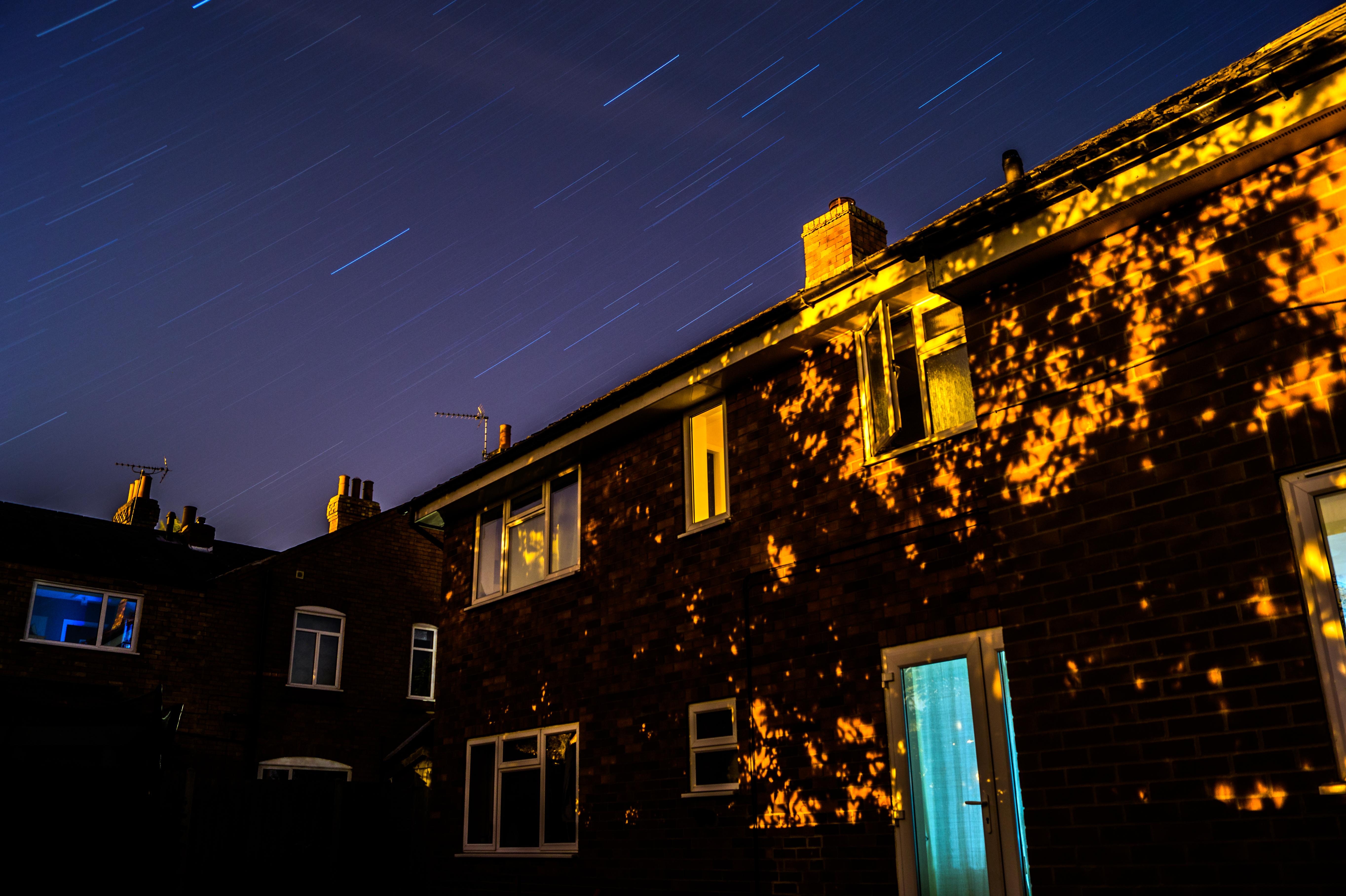 Light Sky Trail Night House Star