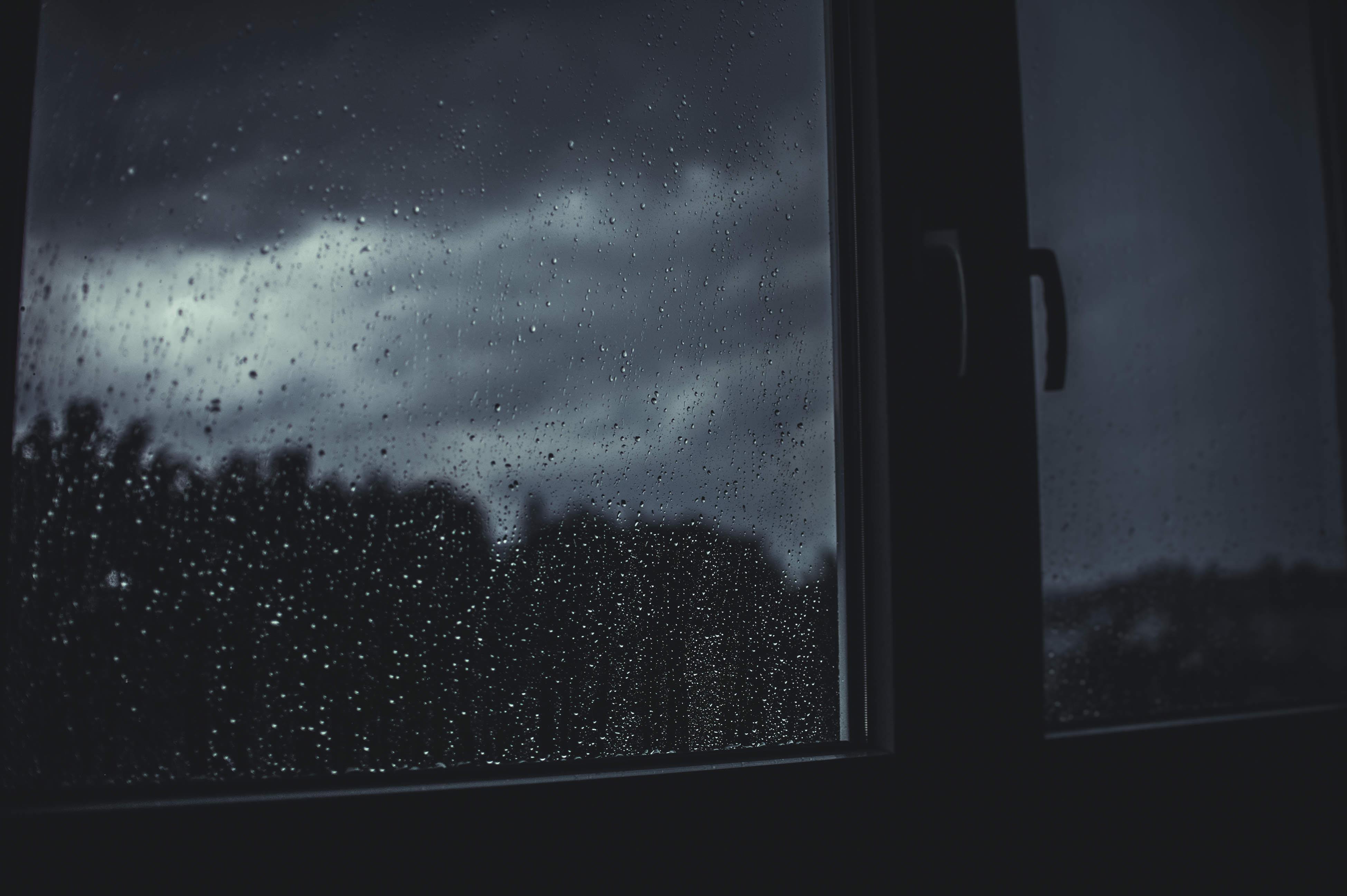 картинки дождь за окном грусть узких