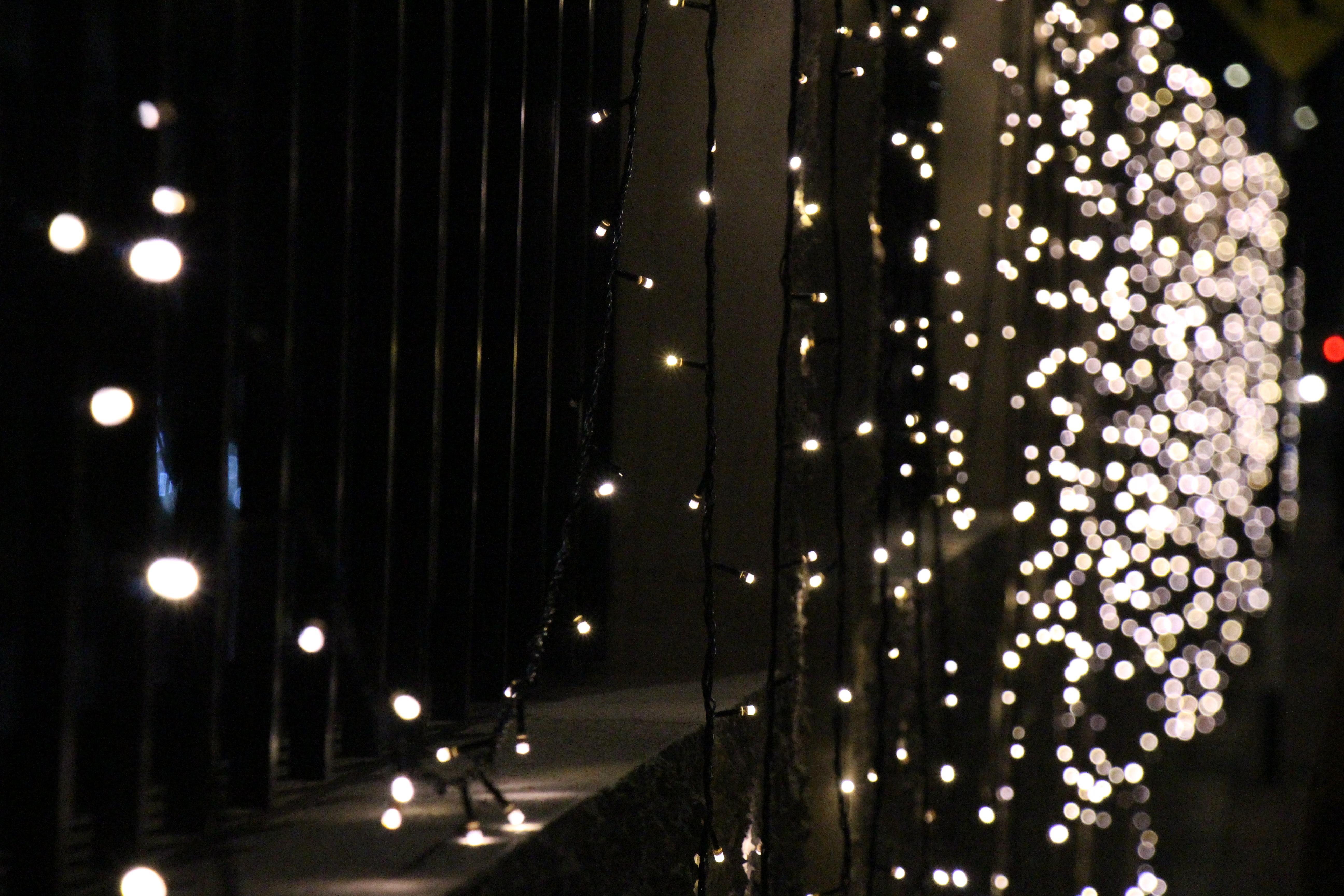 Fotos gratis ligero calle noche celebracion - Decoracion iluminacion de interiores ...