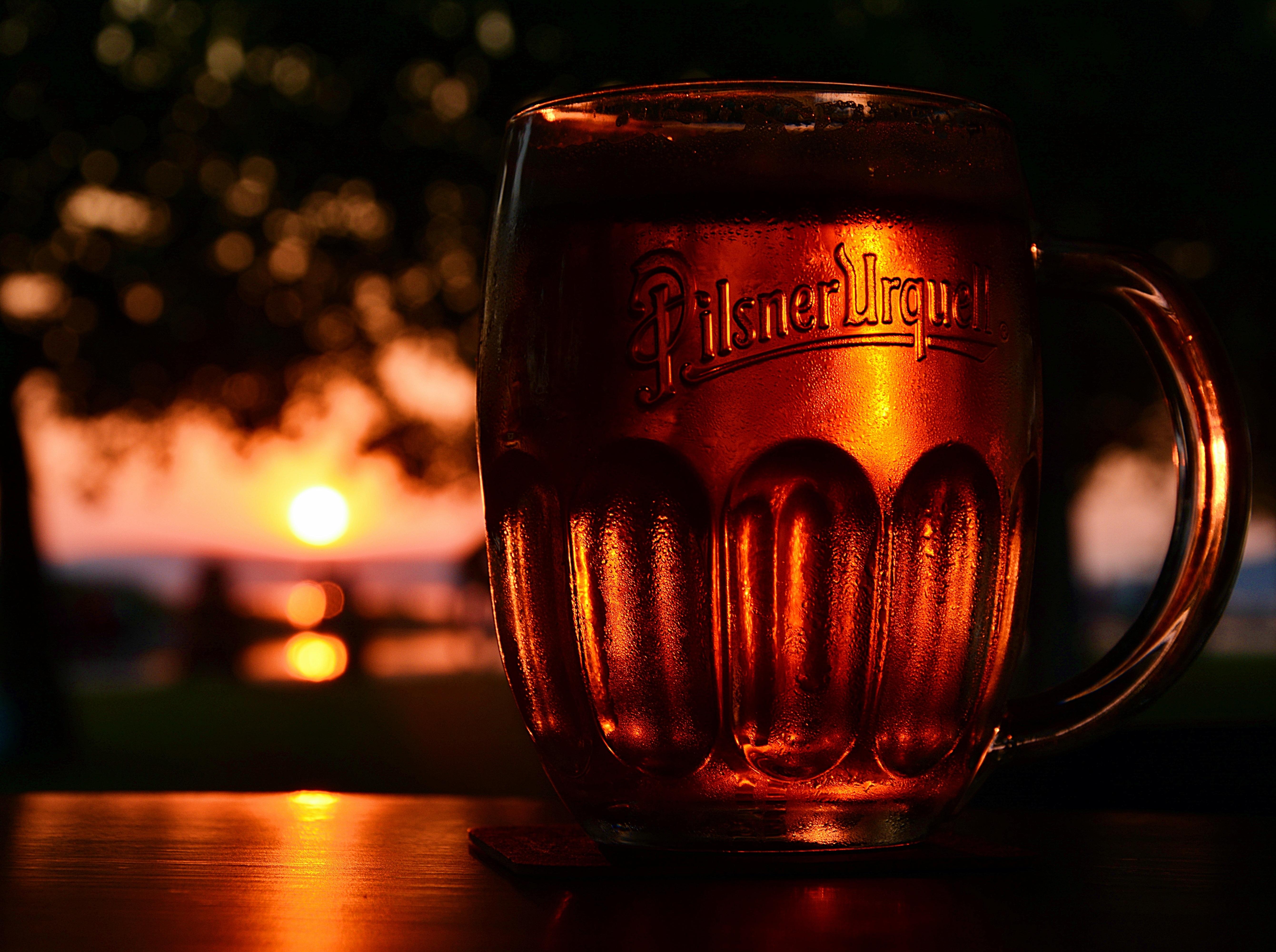 таких интерьерах добрый вечер картинки с пивом кино евгения