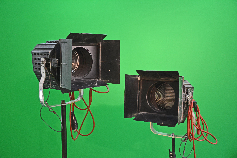 licht technologie groen studio verlichting spotlight stadium vlekken lichtpunt altman multimedia plek fresnellens theaterspot podium verlichting