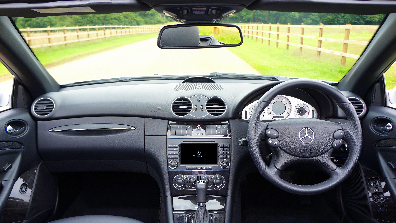 Fotos gratis ligero tecnolog a cuero rueda asiento interior transporte veh culo equipo - Limpiar el interior del coche ...