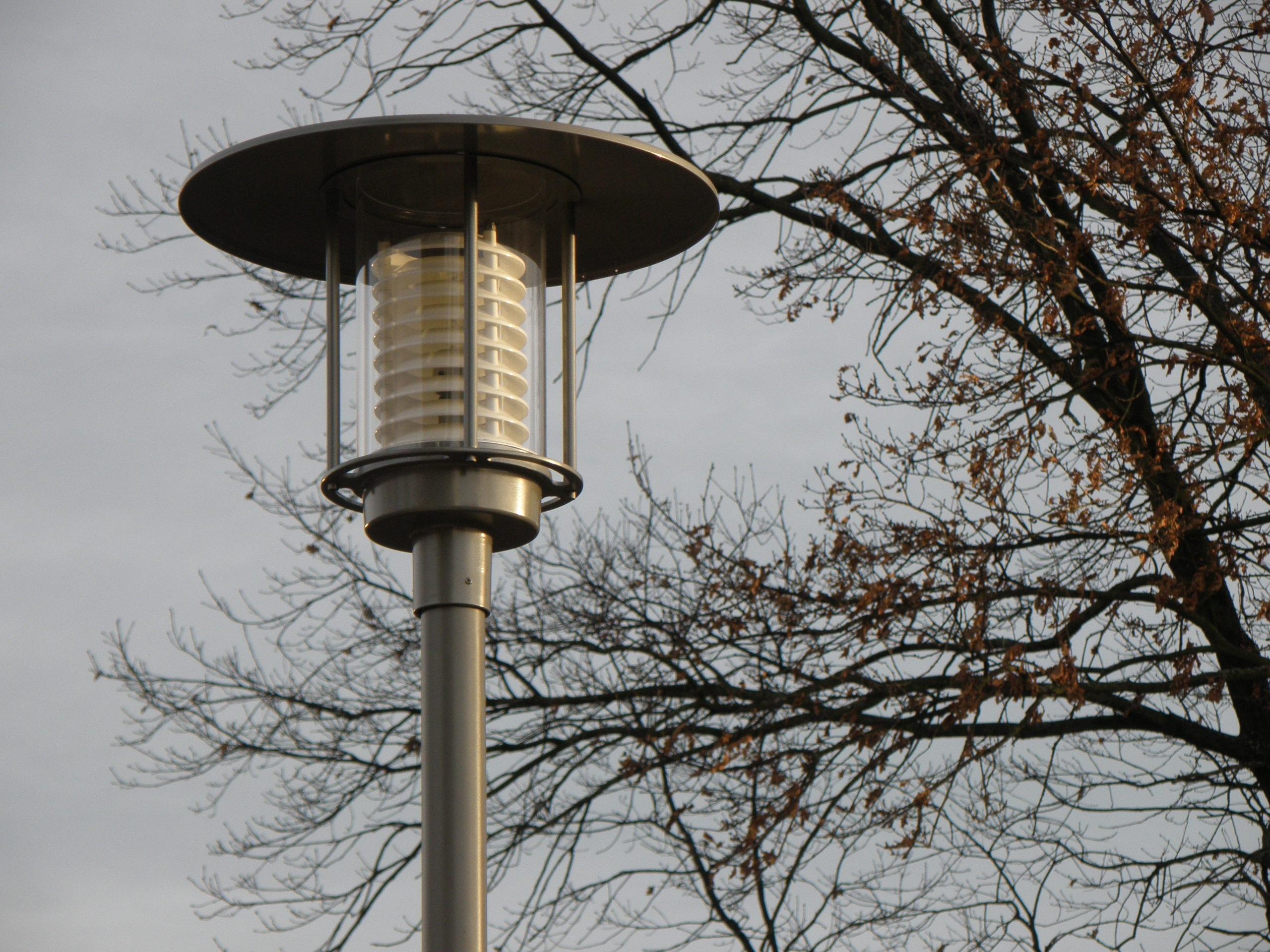 images gratuites lumi re la tour clairage public lampe moderne lampadaire luminaire. Black Bedroom Furniture Sets. Home Design Ideas