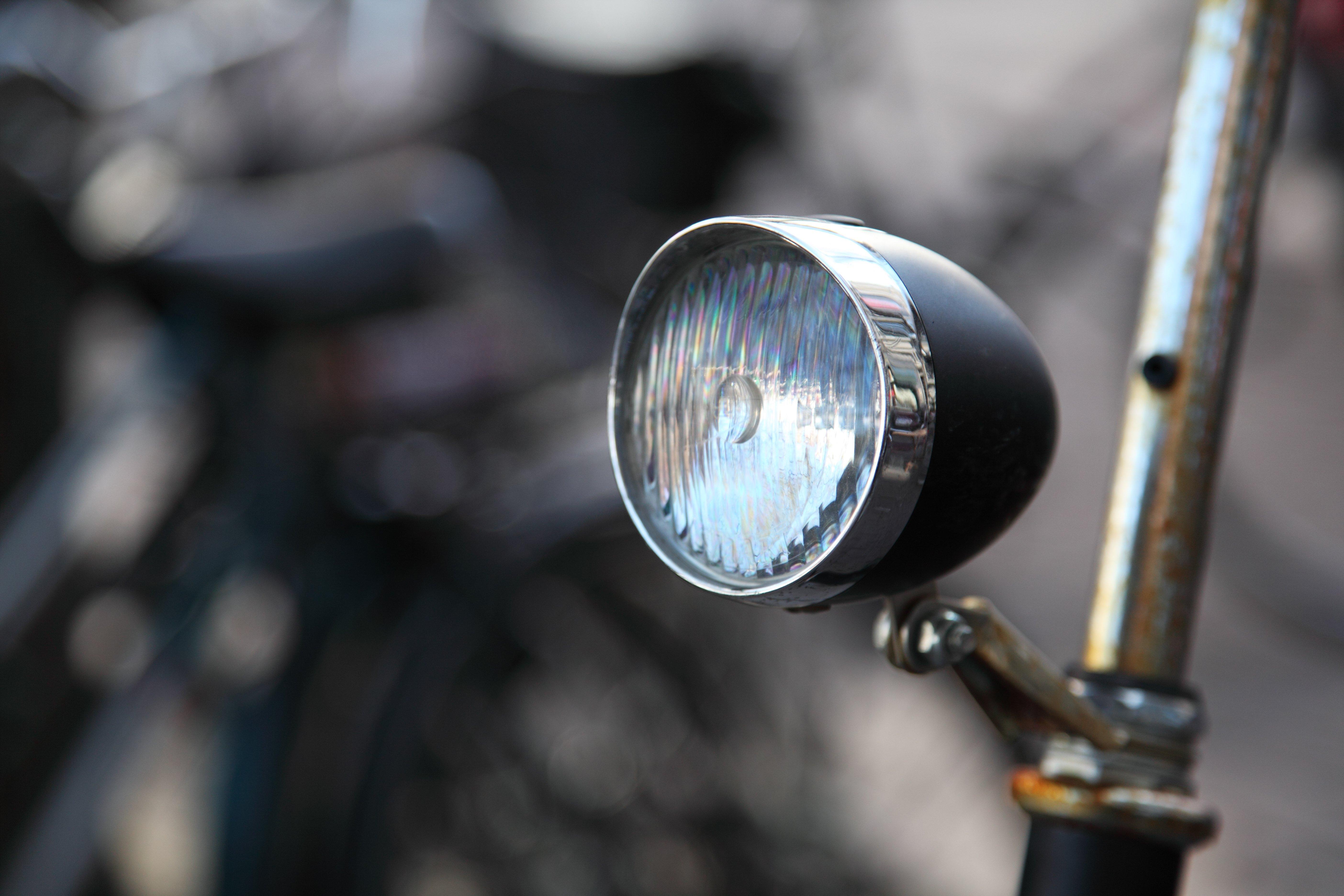 Licht Voor Fiets : Gratis afbeeldingen licht wijnoogst wiel retro glas oud