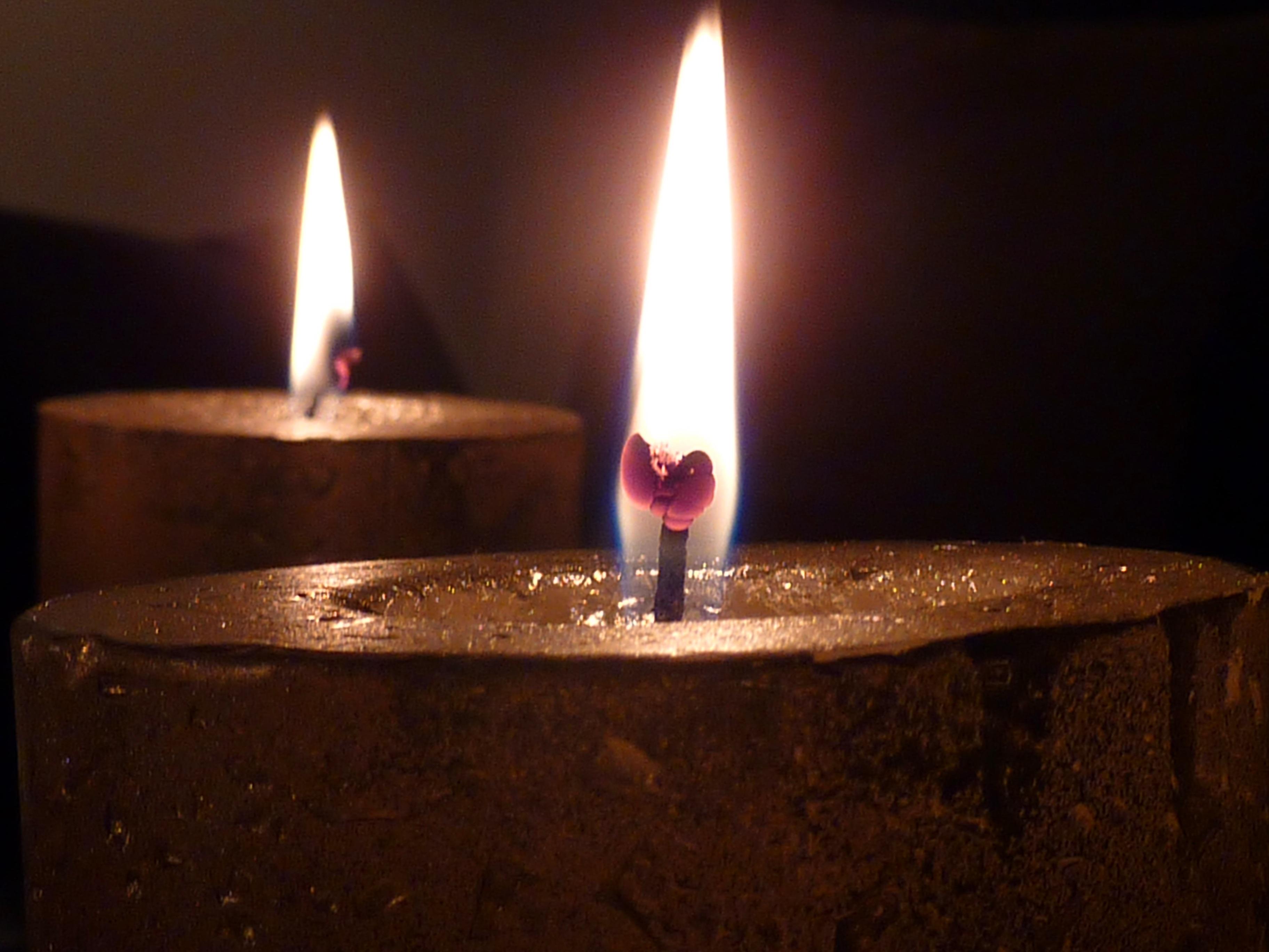 спортзале картинка свеча горит водой доживает