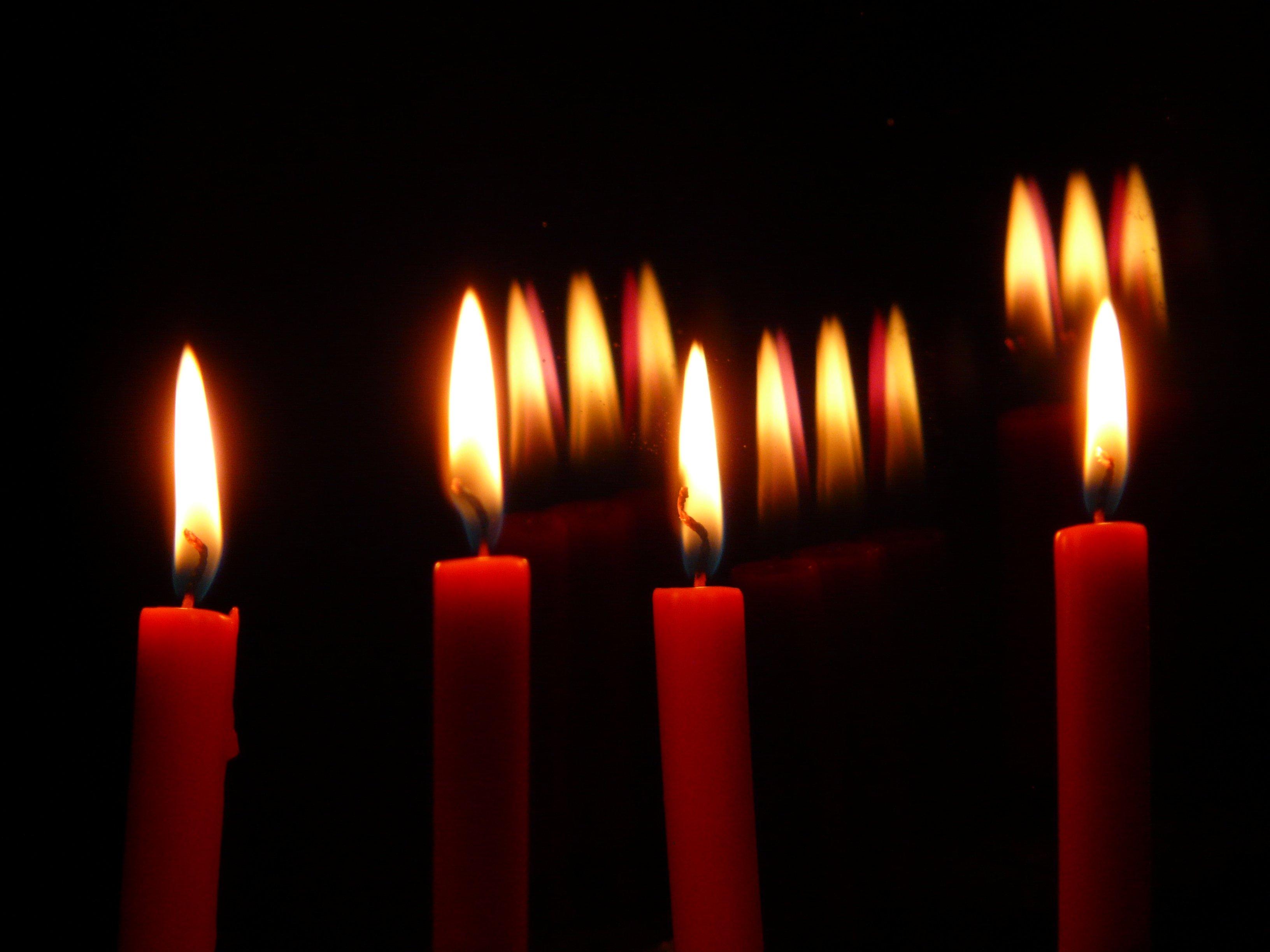 kostenlose foto licht fenster urlaub flamme dunkelheit kerze beleuchtung kerzen docht. Black Bedroom Furniture Sets. Home Design Ideas