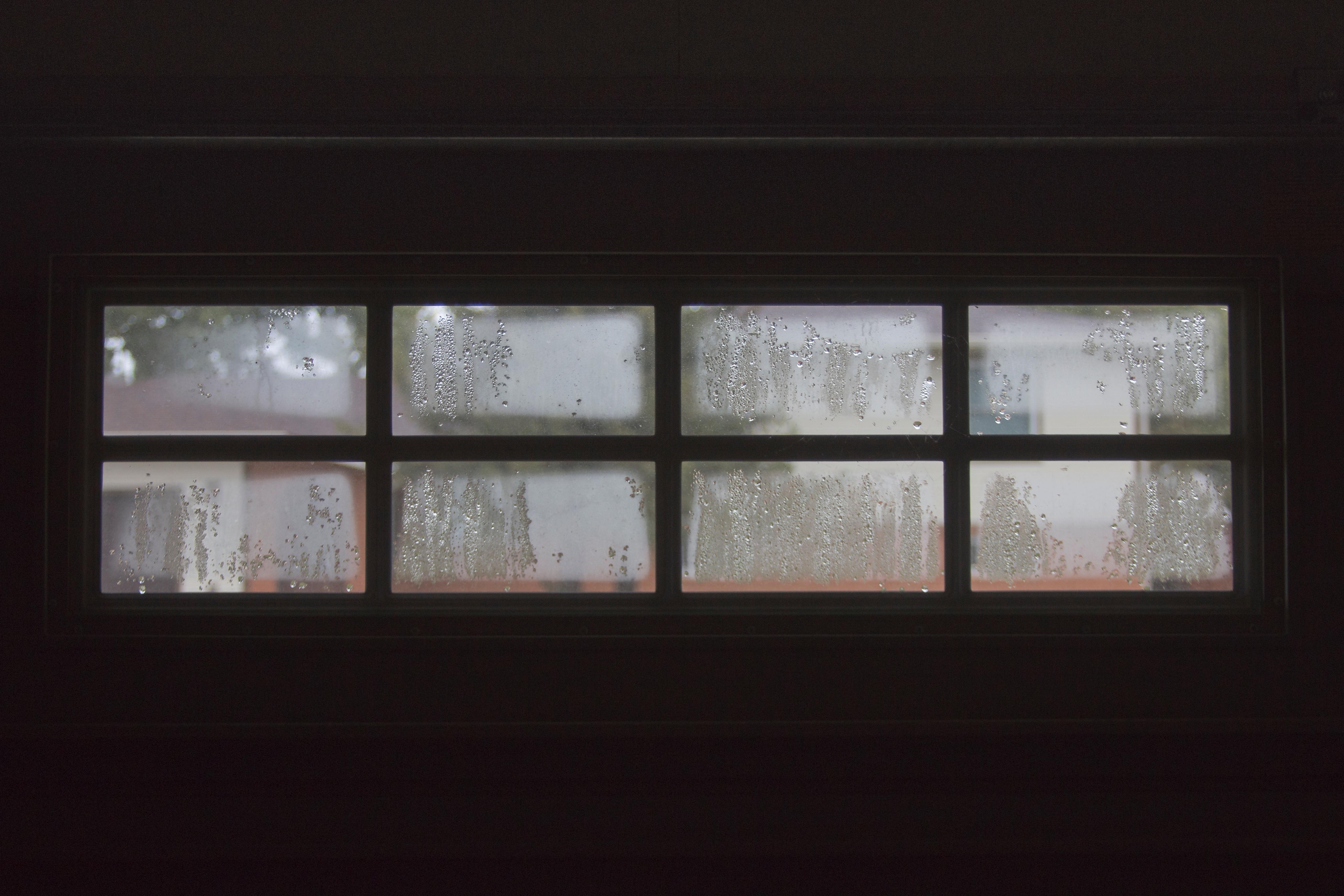 Images gratuites lumi re bois maison verre mur for Fenetre jour de souffrance