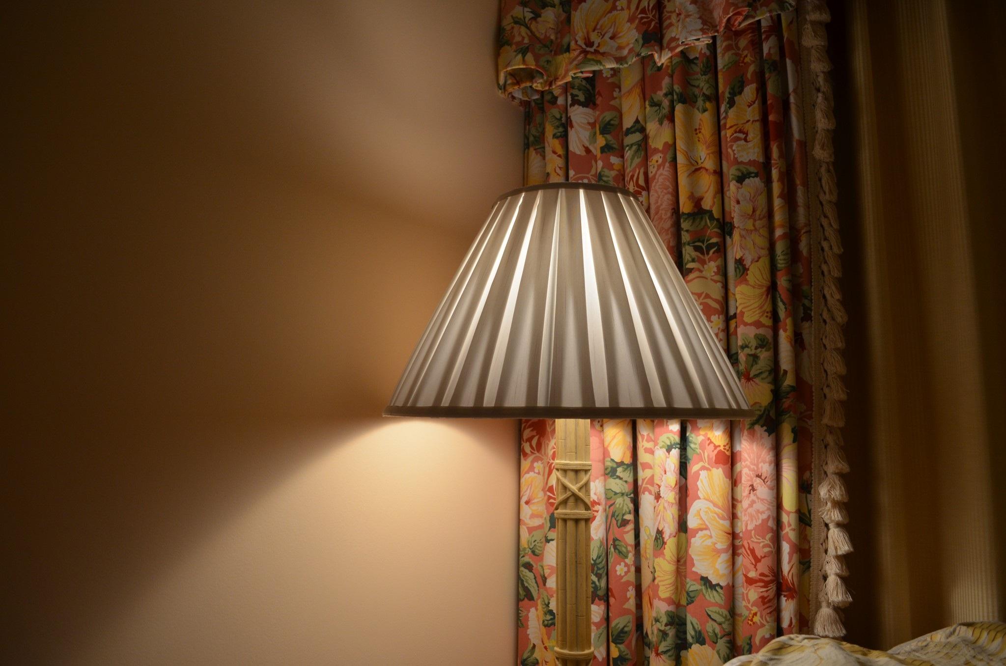 Modern ah ap tavan tasar m ile yatak odas dekorasyonu -  K Ah Ap Ev Pencere Duvar Tavan K Rm Z Renk Perde Rahat Lamba Oda Sar Ayd Nlatma Yatak Odas