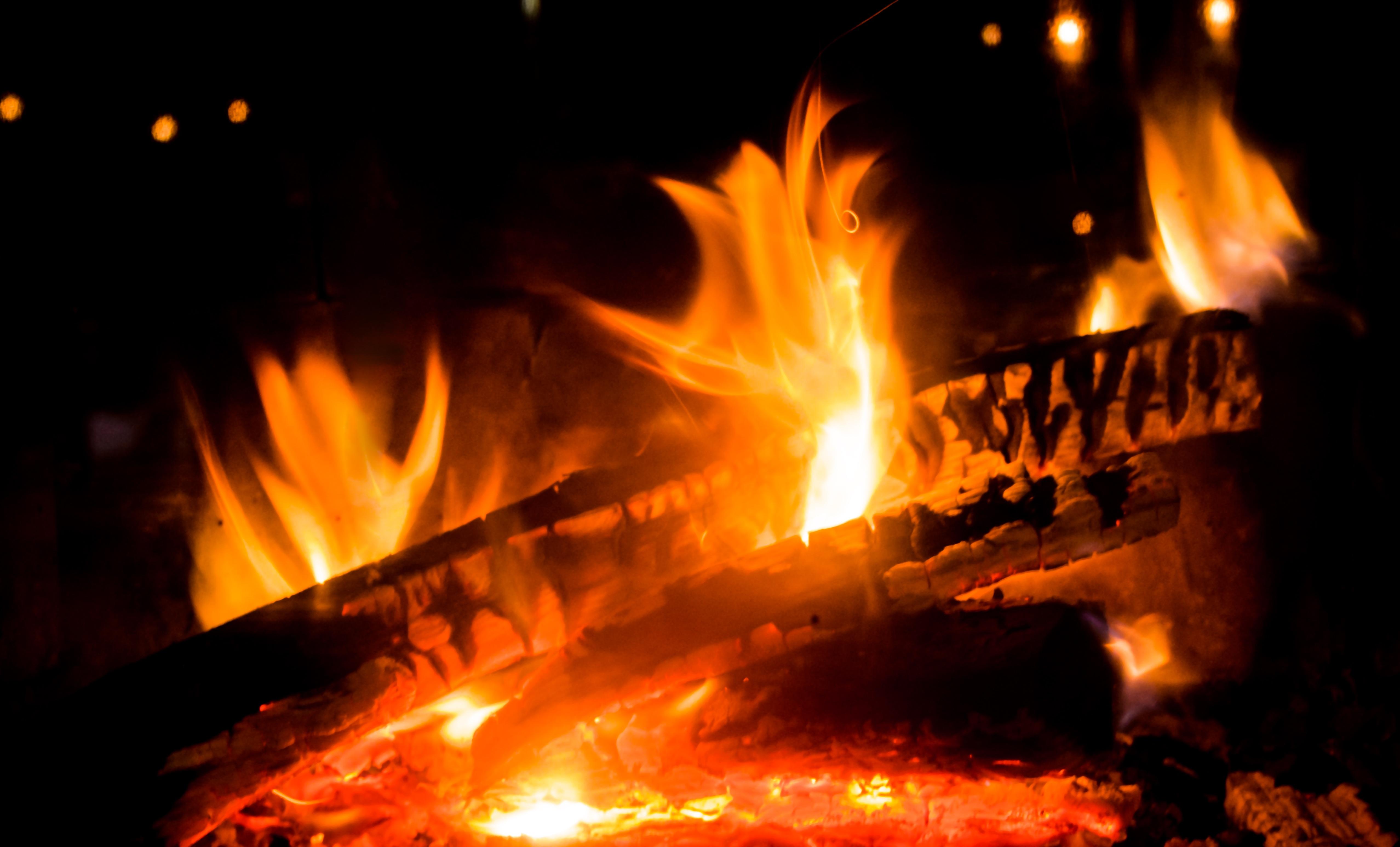 Kostenlose Foto Licht Holz Nacht Warm Abend Log Rot Flamme