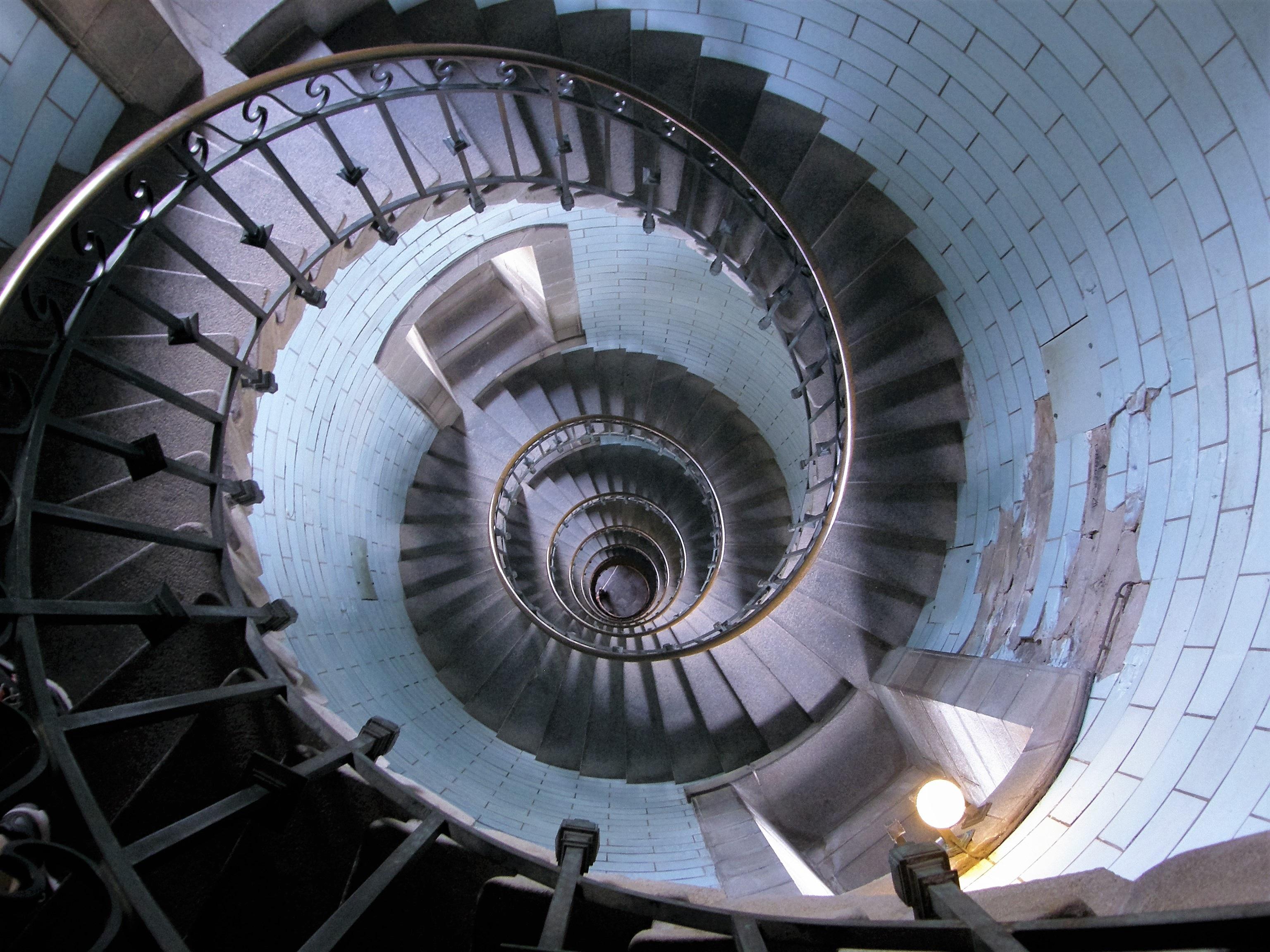 faro rueda espiral escalera barandilla habl neumtico turbina escalera de caracol escalera borde motor a reaccin
