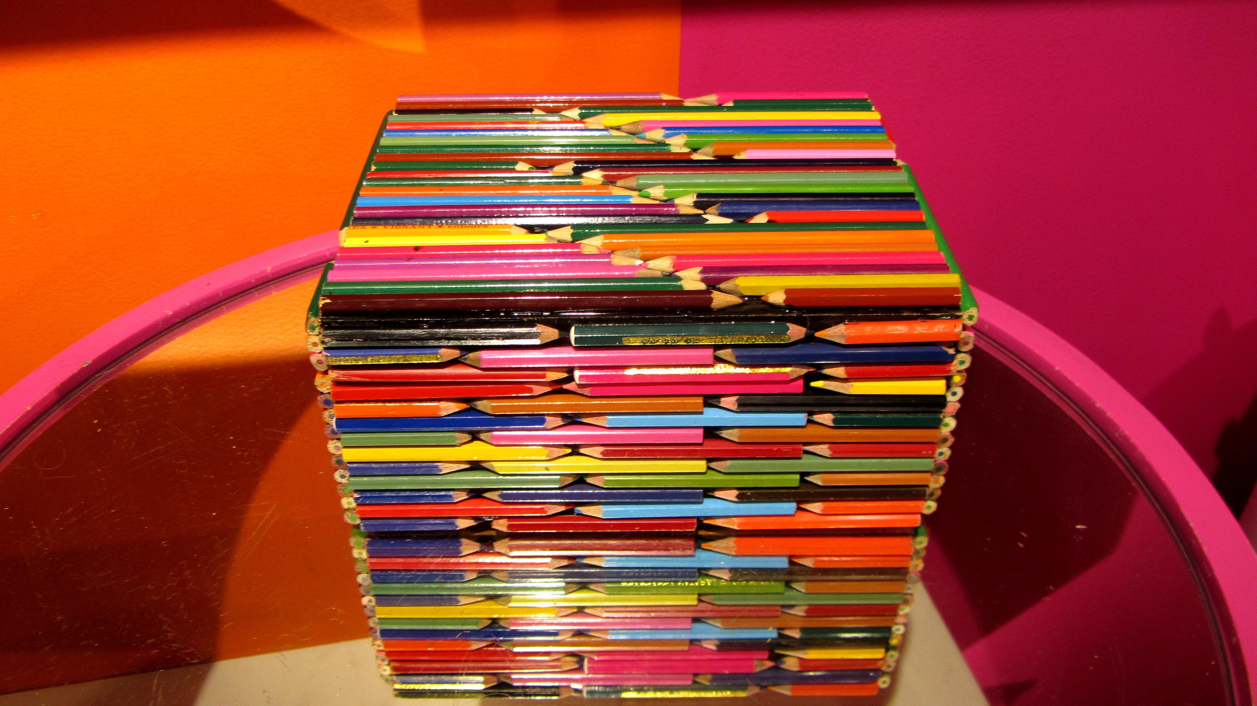 Поделки своими руками из цветных карандашей своими руками