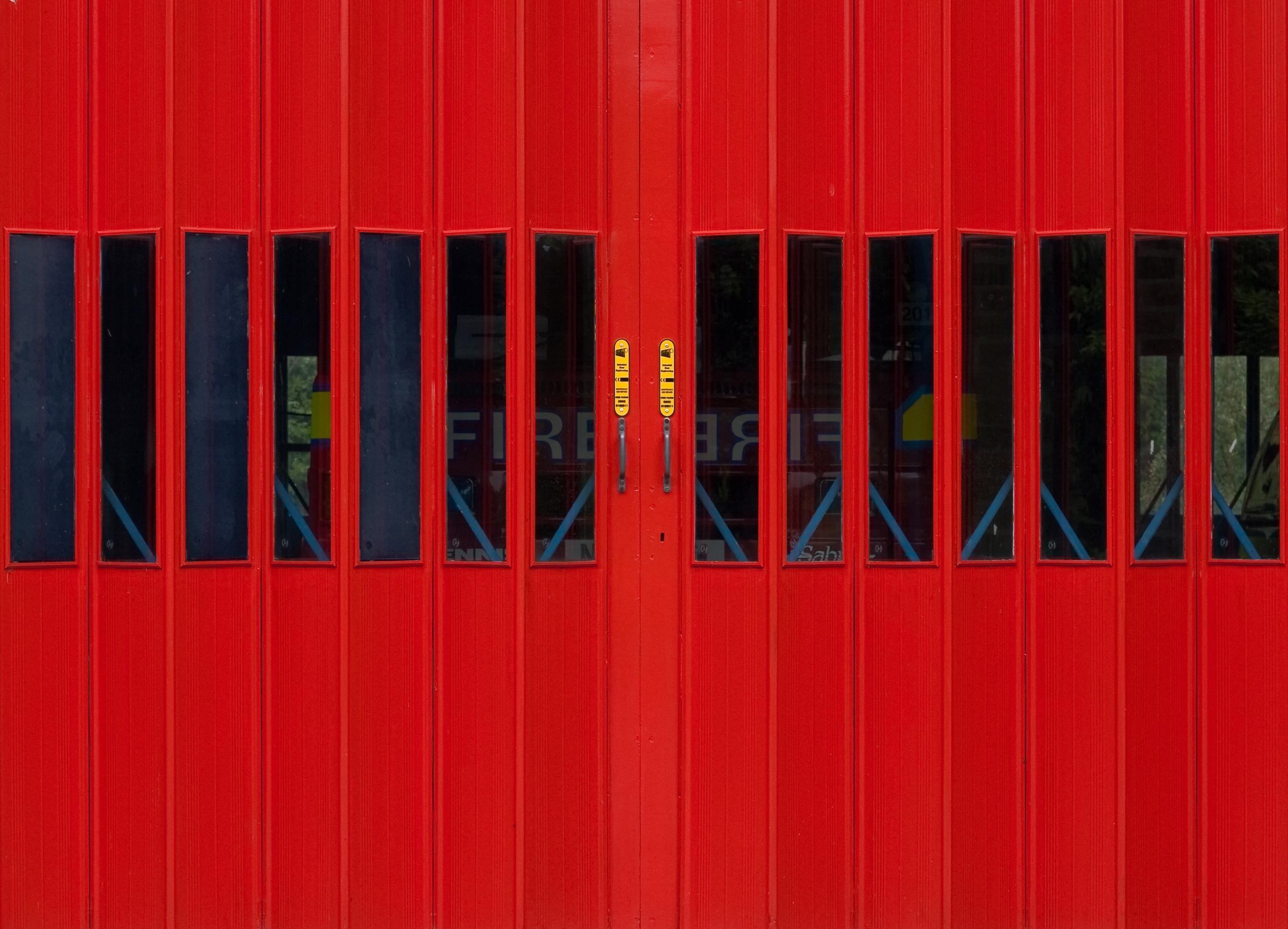 картинки линия красный цвет флаг гараж дверь