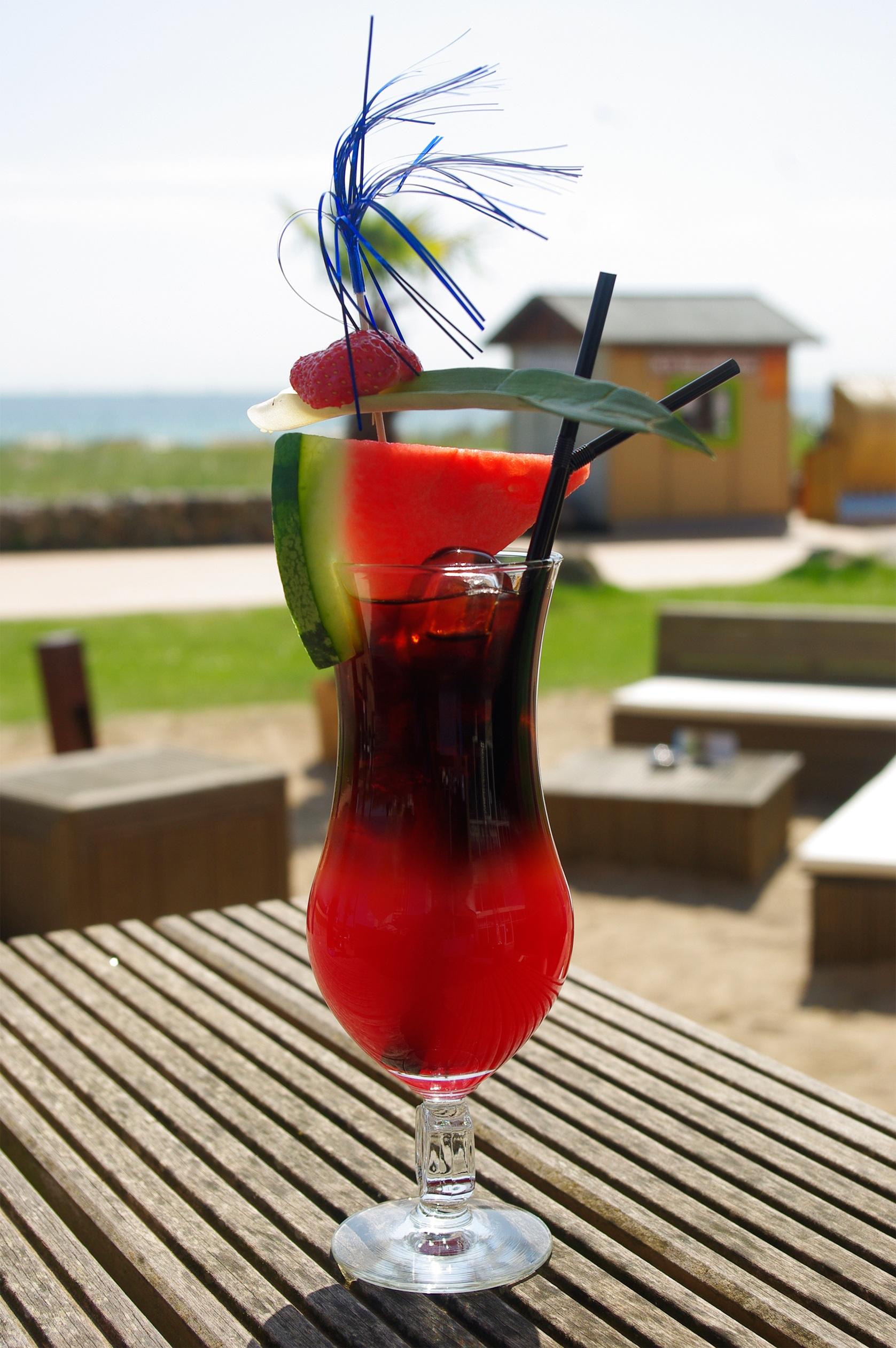 Kostenlose foto : Flüssigkeit, Glas, Restaurant, Eis, rot ...