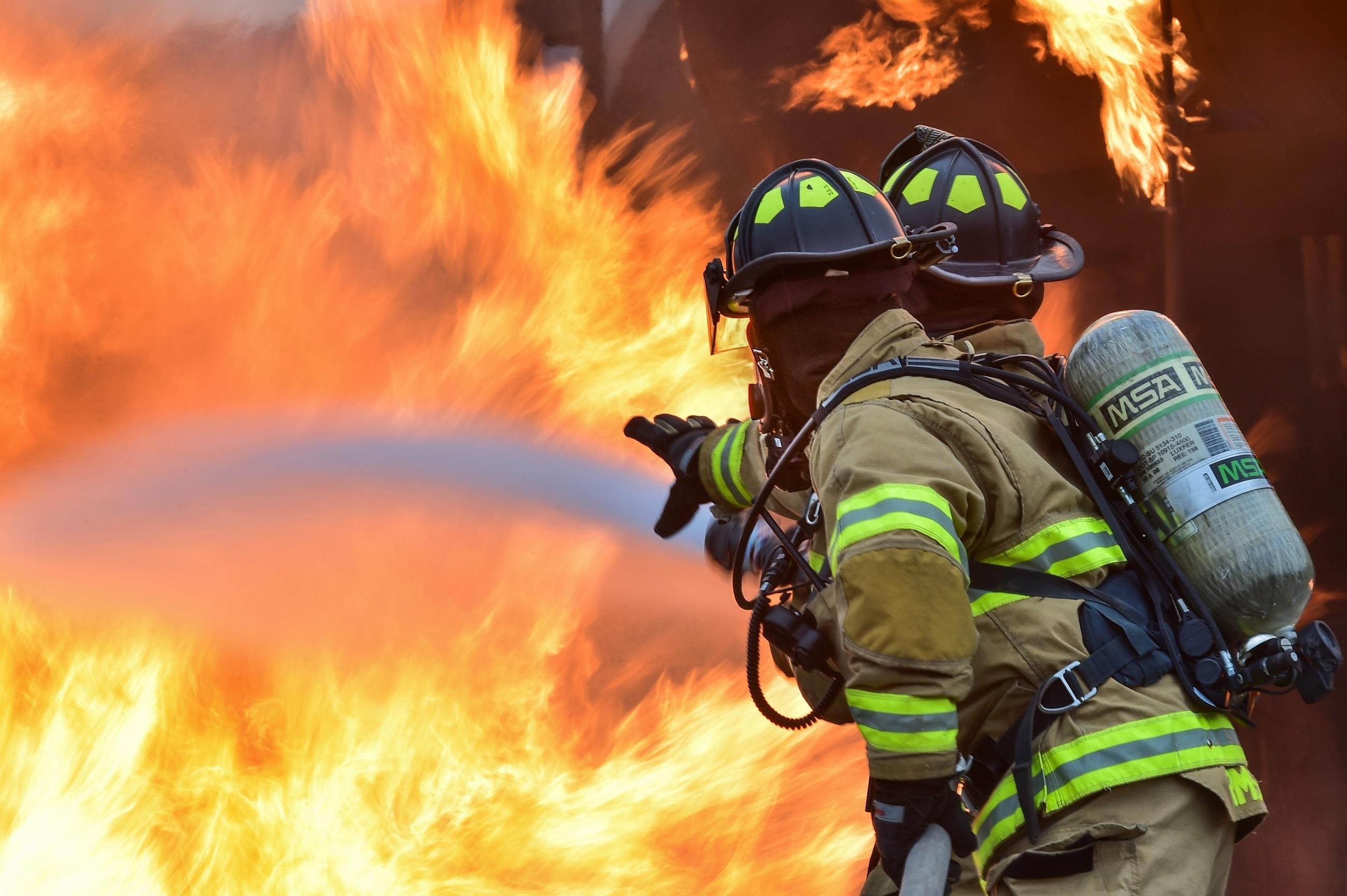 вот картинки с противопожарной водные развлечения