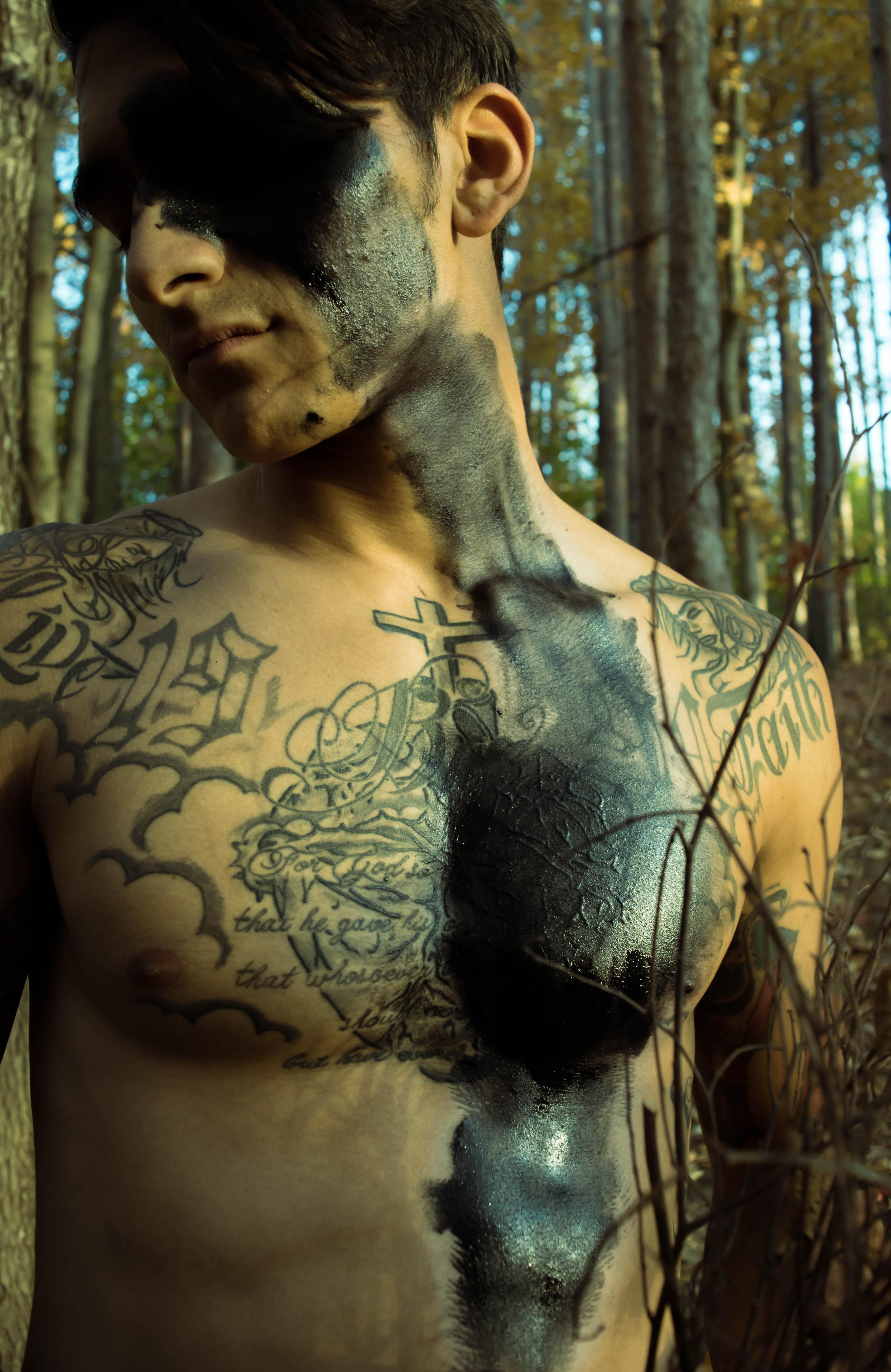 Fotos gratis : amor, corazón, símbolo, tatuaje, negro, muerte, brazo ...