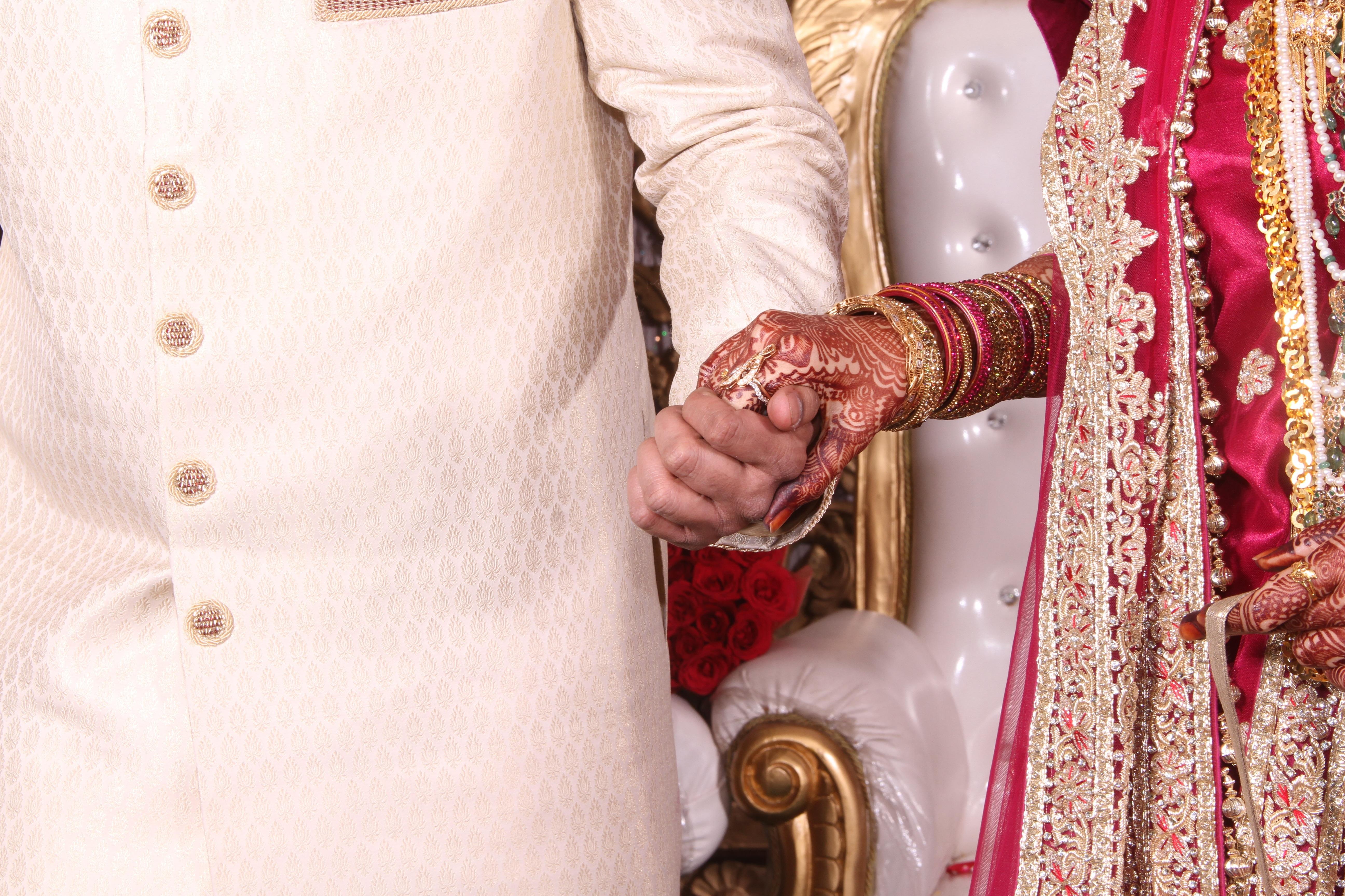 Gambar Cinta Pola Inai Warna Warni Sepasang Bersama Berwarna