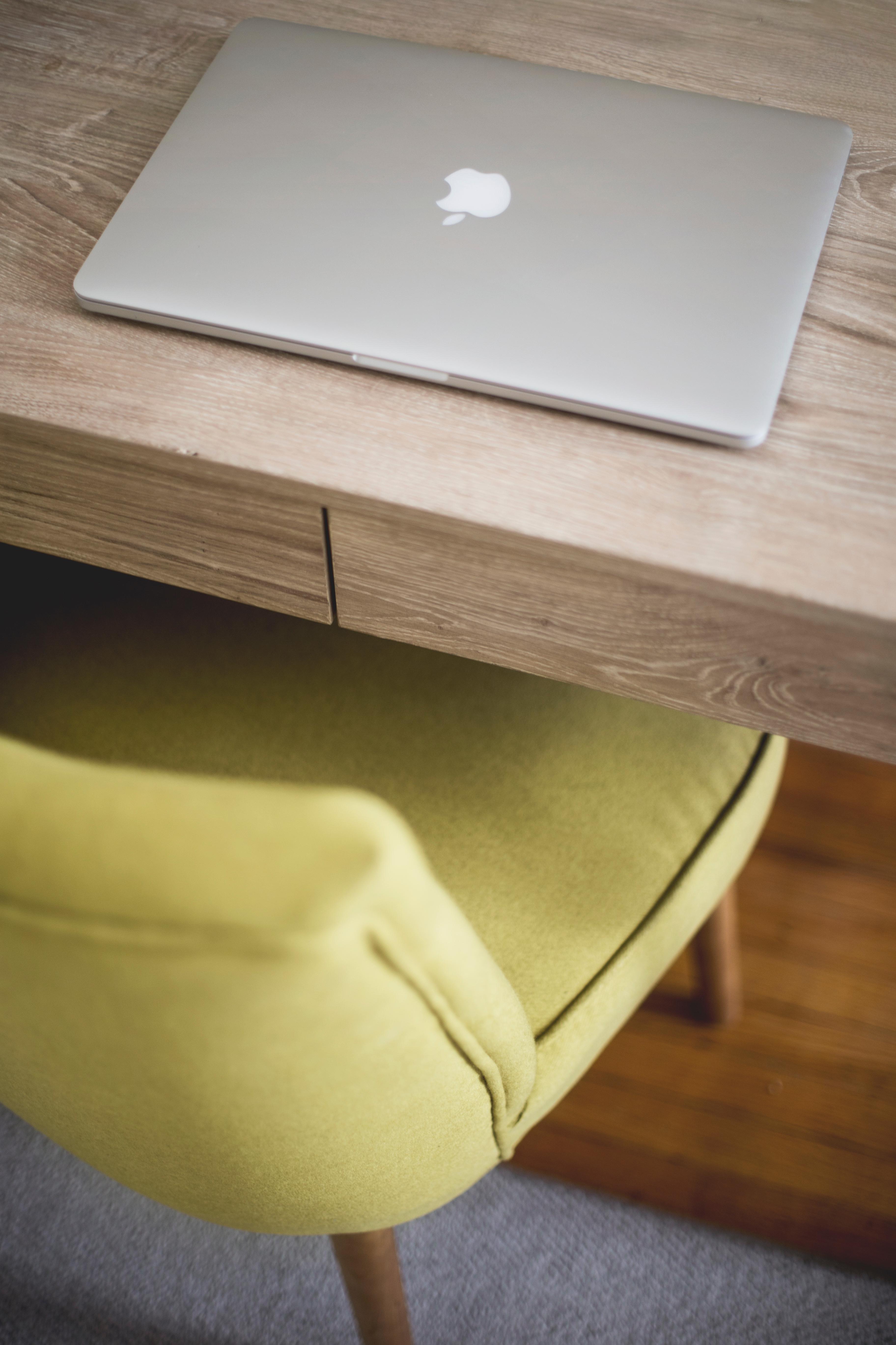 Macbook Table Wood Chair Floor Workspace Desktop Furniture Coffee Shape