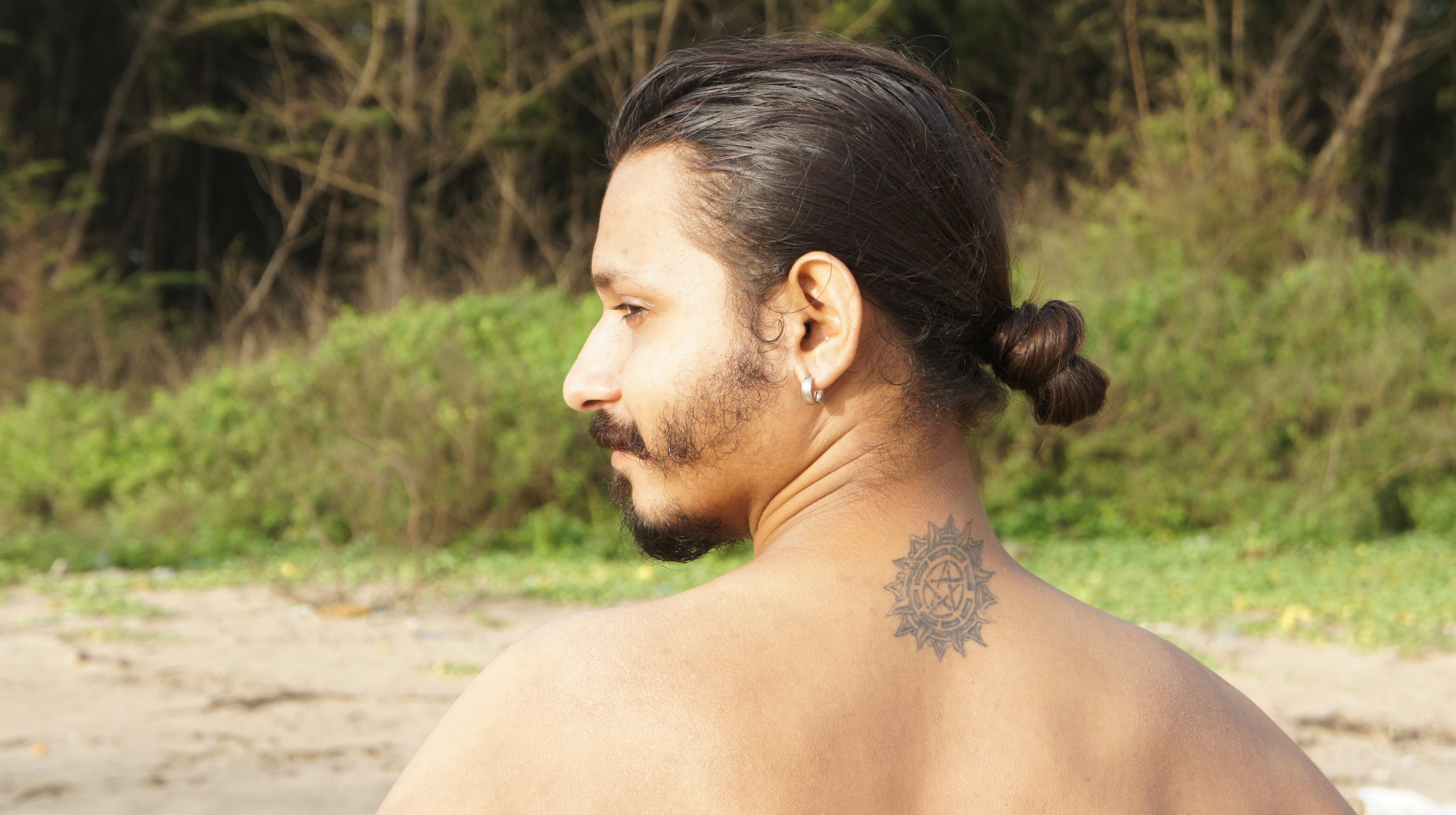 Nude tattooed older women bodies #1
