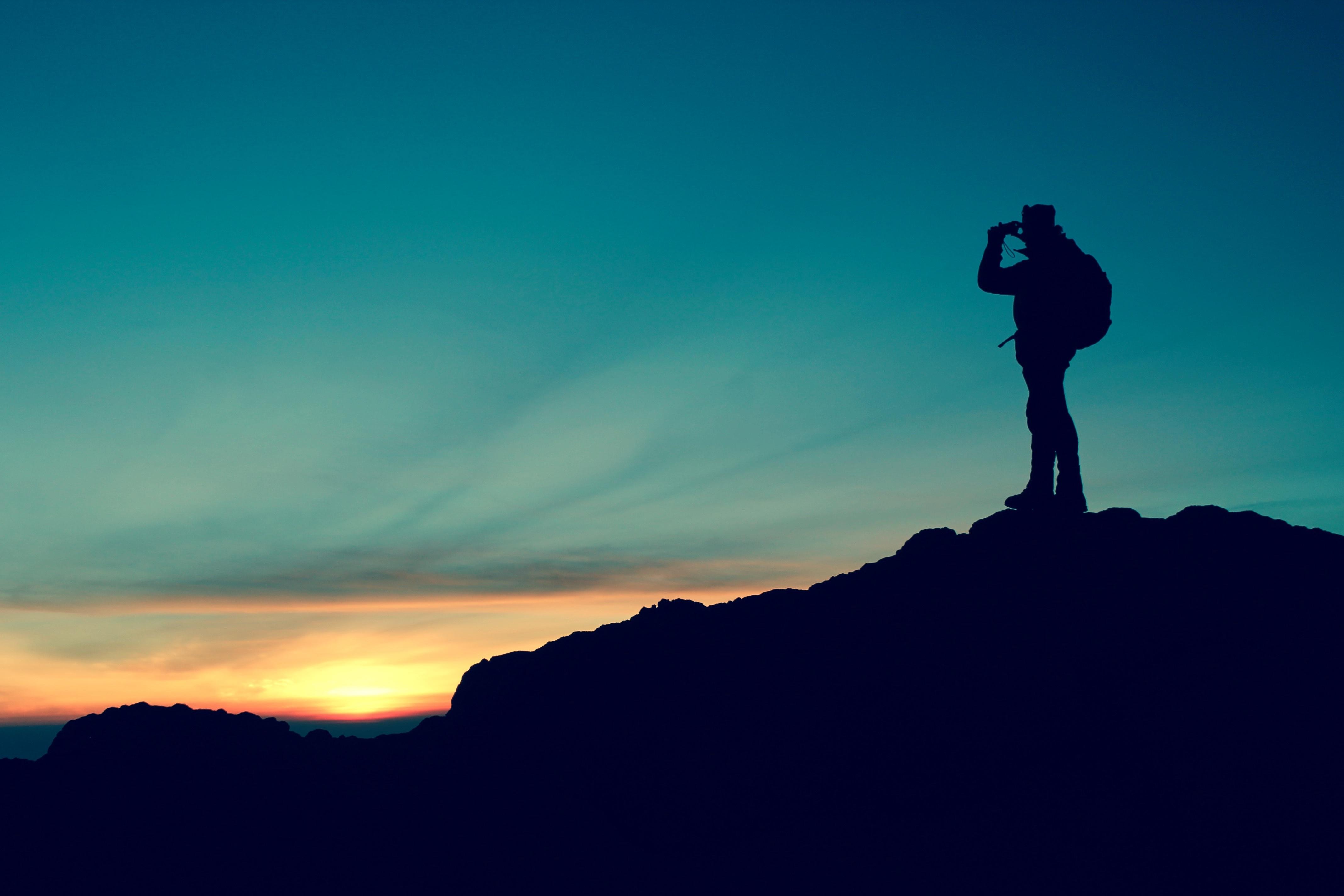 Gambar : manusia, pemandangan, laut, alam, batu, horison, bayangan