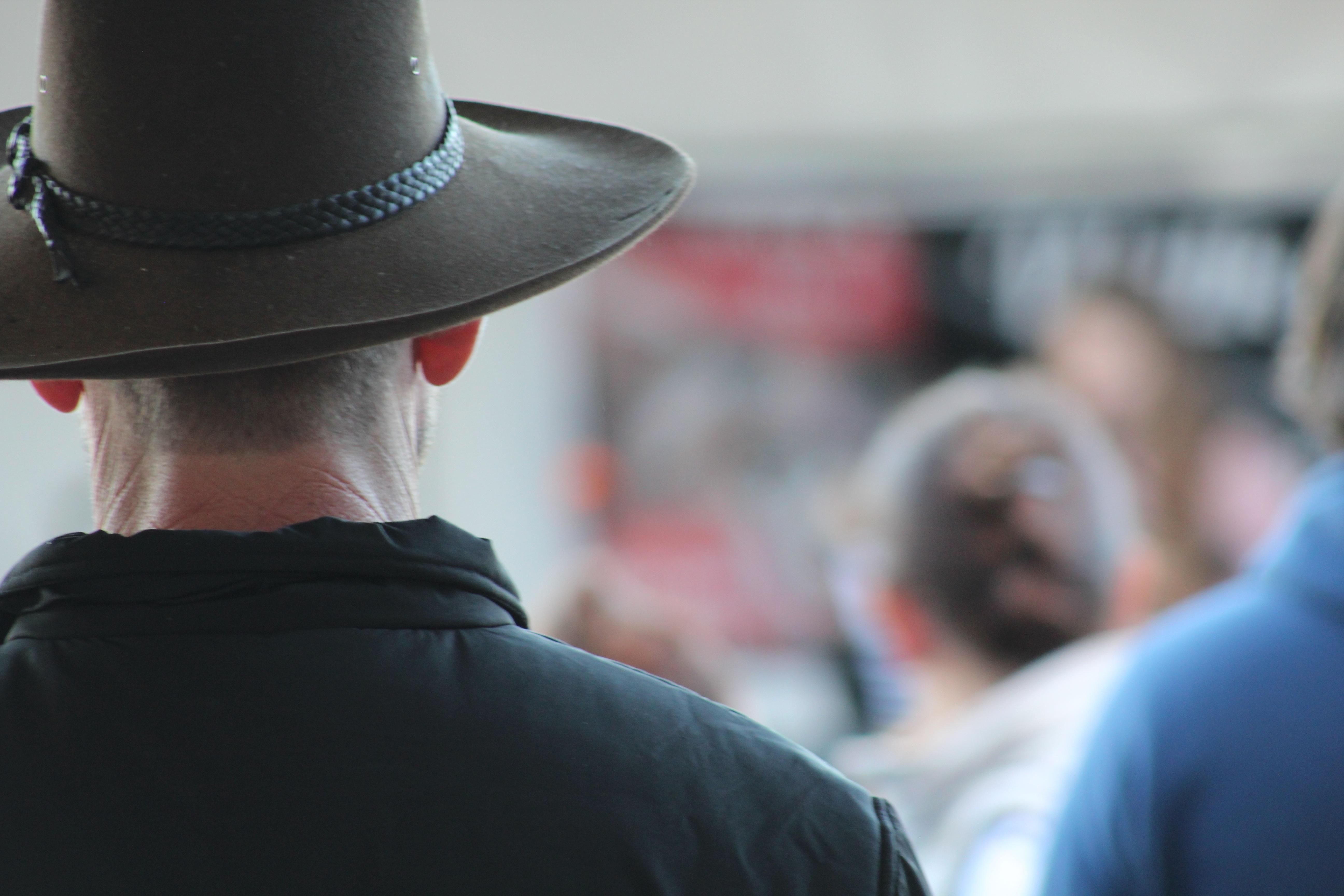 homem couro país masculino cara arbusto rural rancho chapéu Capacete  Austrália vaqueiro ocidental borda Cavaleiros Outback ff04bfa55d0